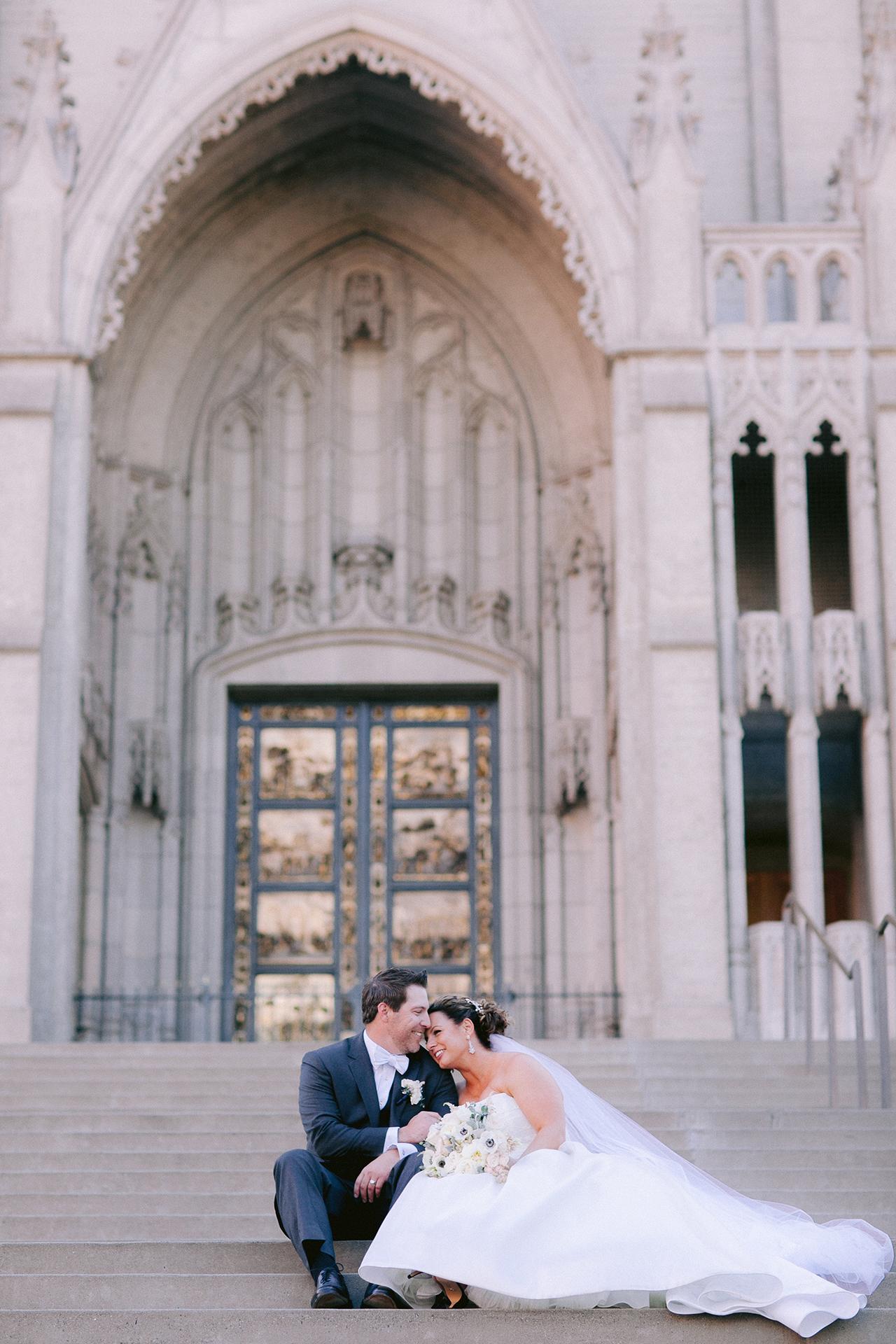 Grace_Cathedral_Tarra_Gallery_Wedding_021.jpg