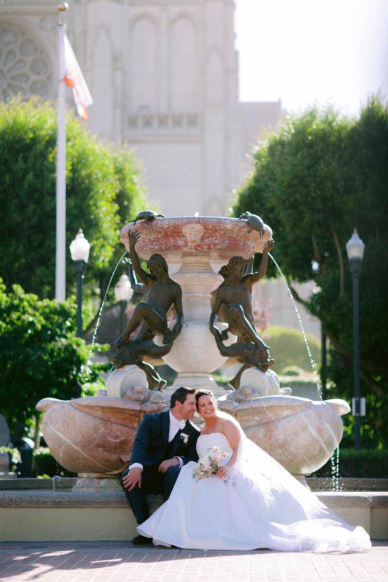 Grace_Cathedral_Tarra_Gallery_Wedding_026.jpg