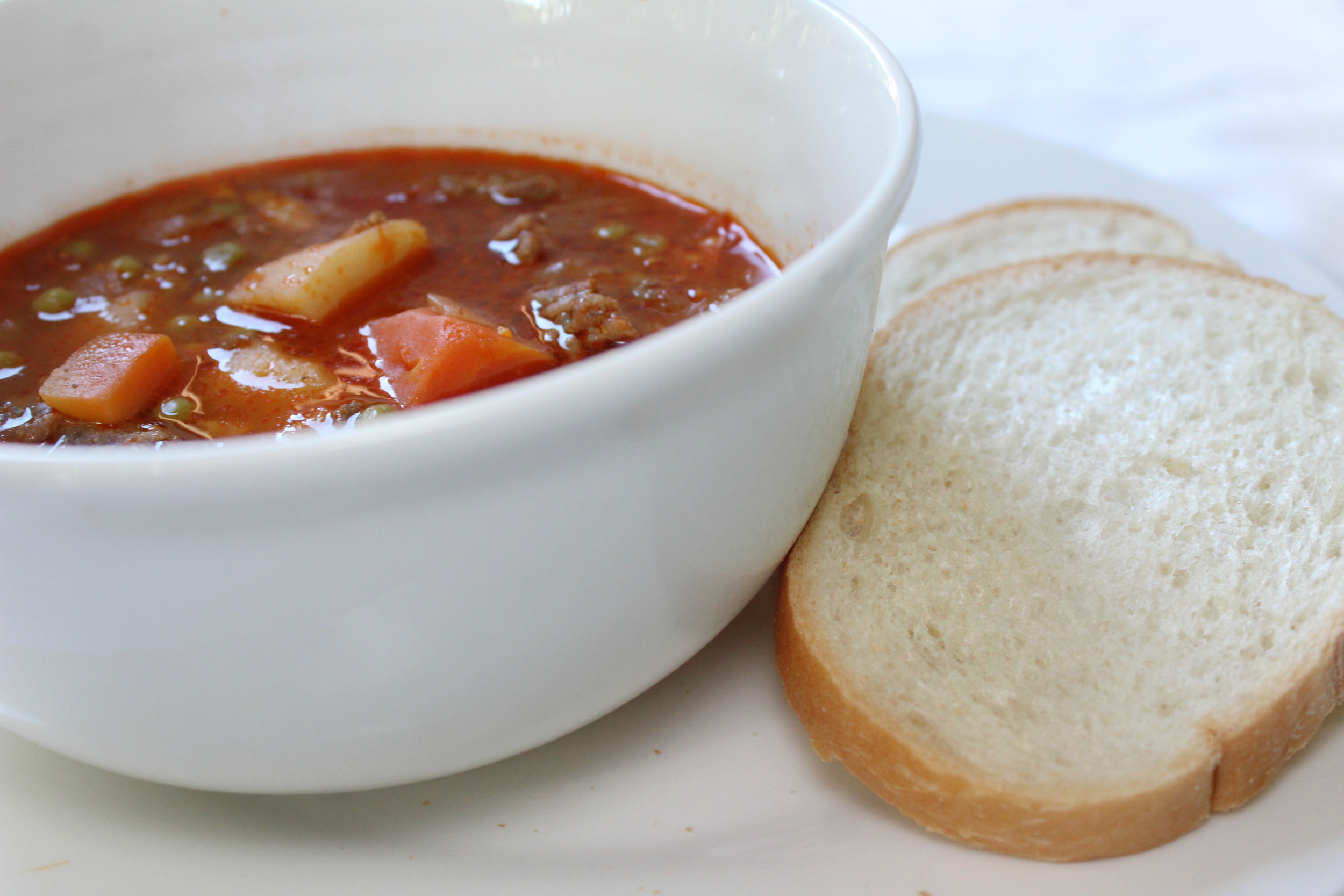 Modern Grace Magazine_quick and easy vegetable soup.JPG