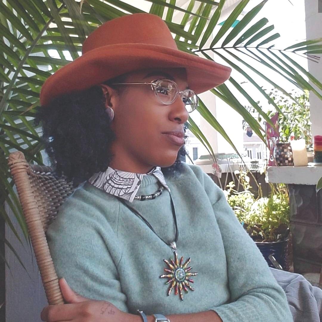 Deja Jones   Stylist and Fashion Contributor