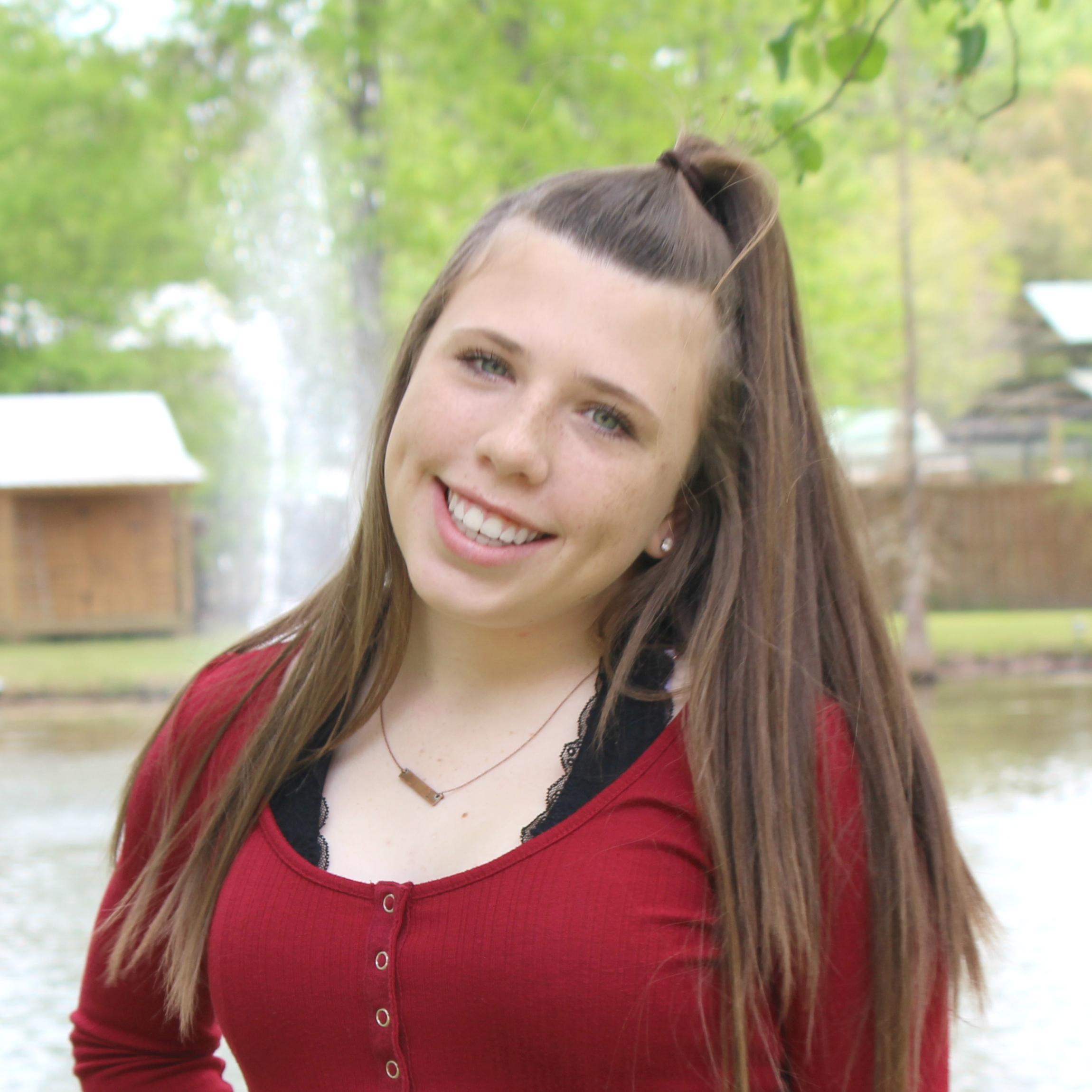 Laynee Simoneaux   Teen Contributor