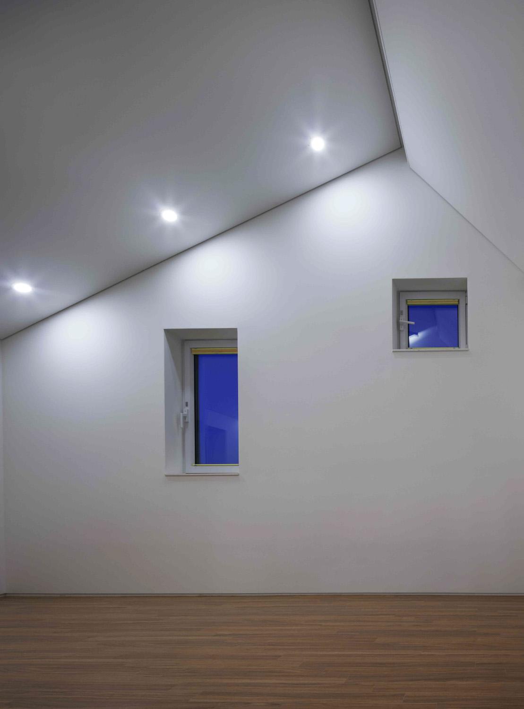 002 Curvilinear House -65.jpg