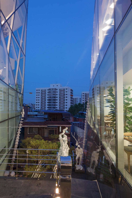 KOOD Headquarter & Gallery_╞Σ└╠┴÷_ (10).jpg