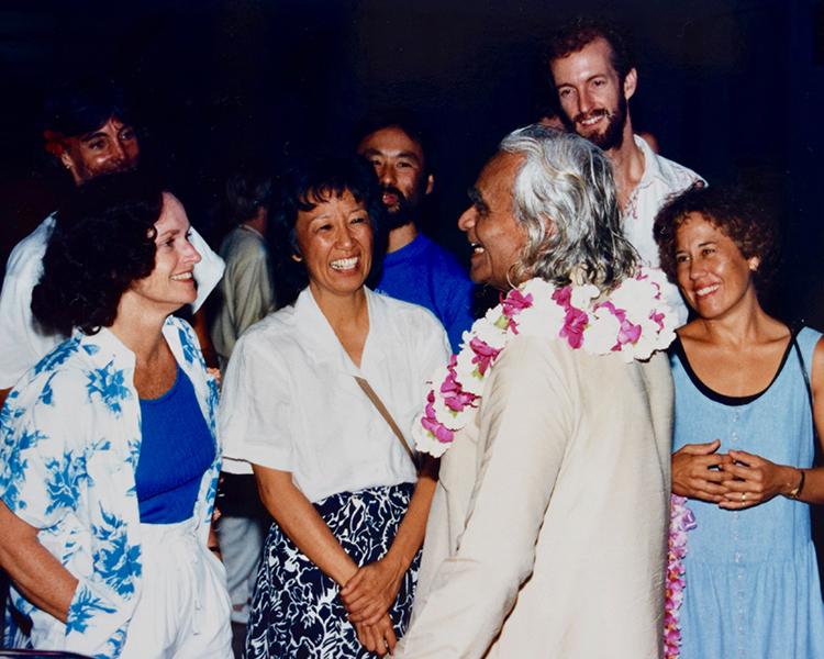 Greeting Mr. Iyengar at HNL