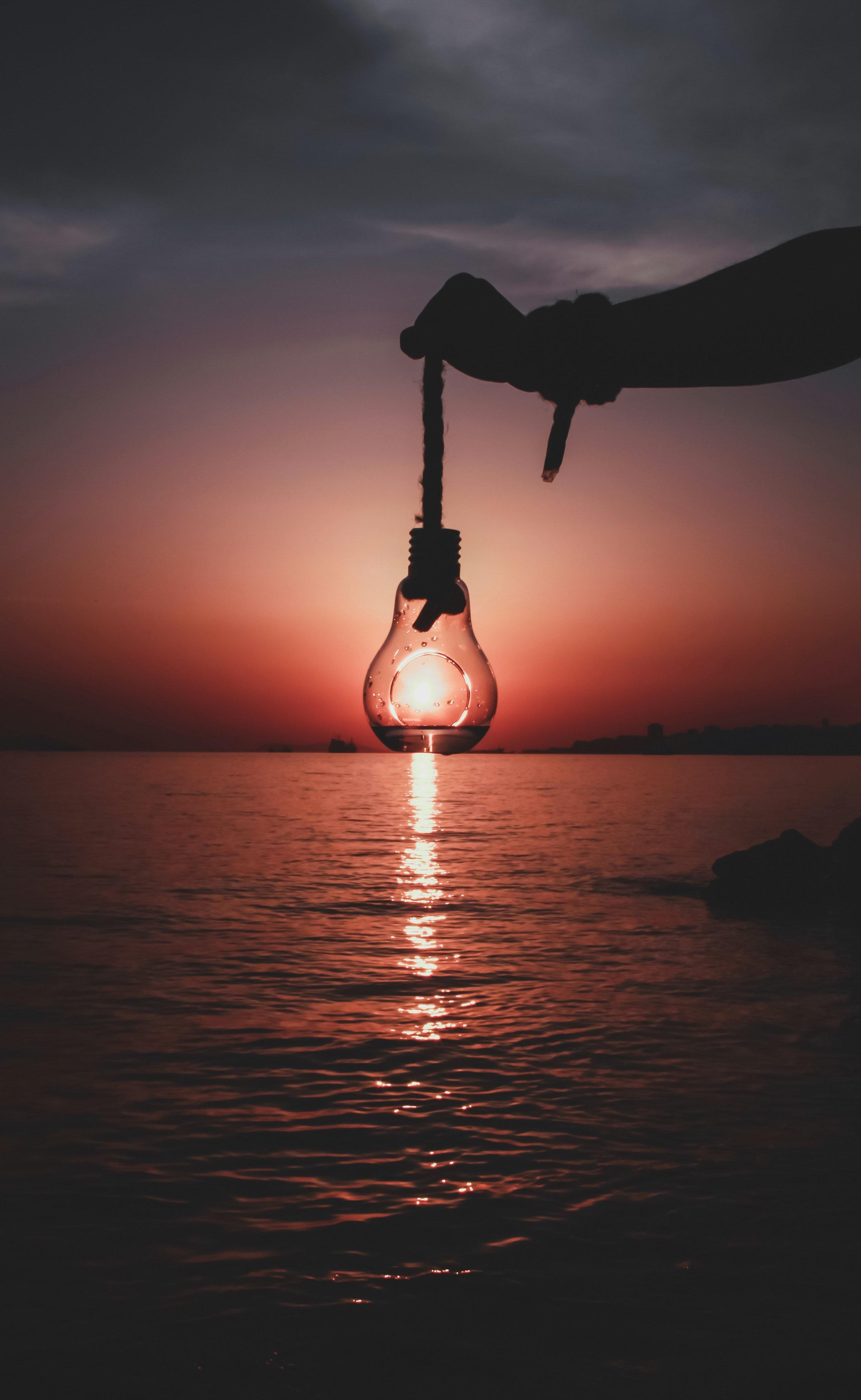 lightbulb-sun.jpg