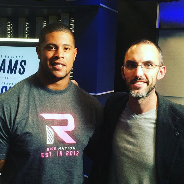 Rodger Saffold of the #Larams is a giant of #COD and IRL. Thanks for the games man! #risenation @therisenation