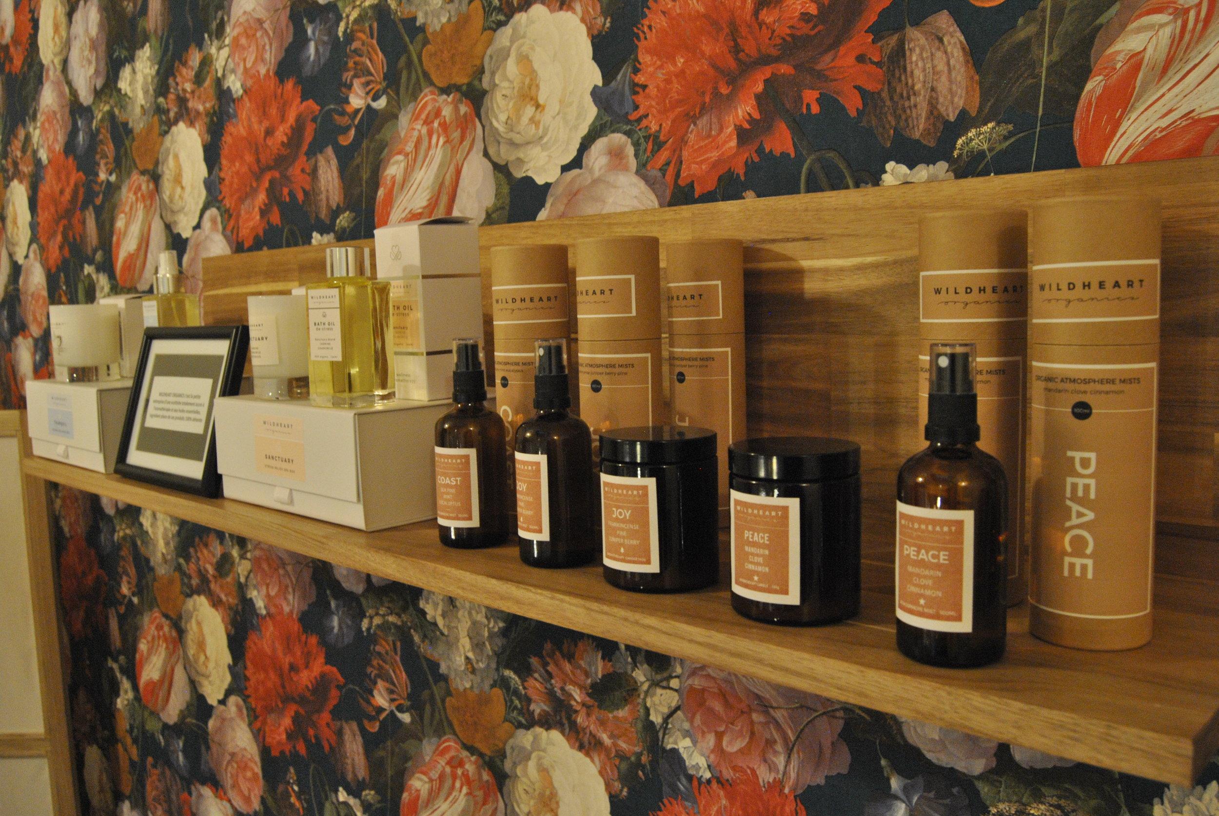 Les clients sont séduits dès leur entrée par les senteurs naturelles de ces produits utilisés à la boutique