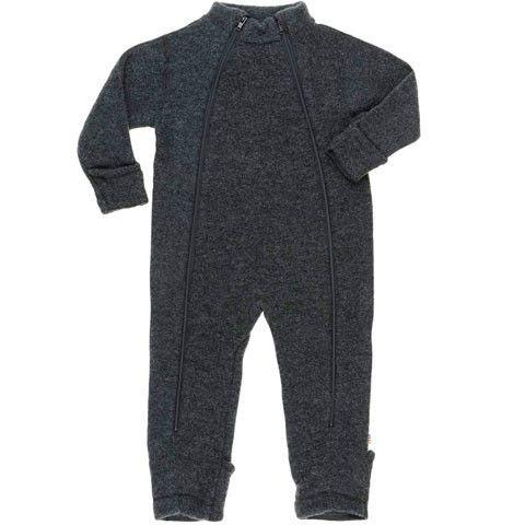 Joha - dragt med lynlås - Merino uld  - 499,95kr NU 374,96kr.