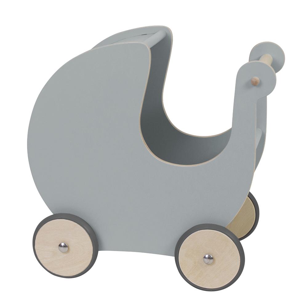 Der findes et hav af forskellige  dukkevogne , denne model findes også i flere forskellige farver. Men en dukkevogn er et must så dukkefar/dukkemor og dukken kan komme rundt omkring.