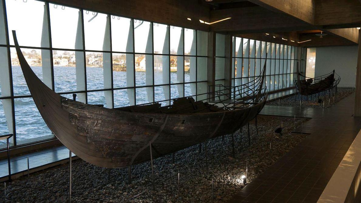 Vikingeskibesmuseet - Lær om de nordiske skibe, bådebygningshåndværk gennem tiden og vikingernes søfart.Priser: 0-17: år 0kr / Voksen: 110/140kr.
