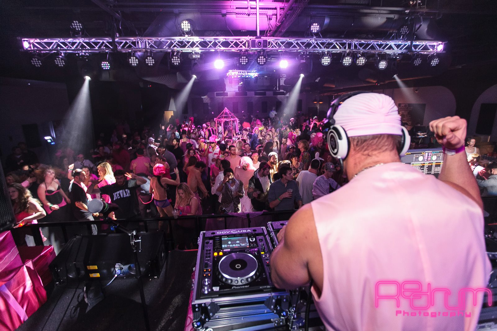 the rhino pink party 2014.jpg