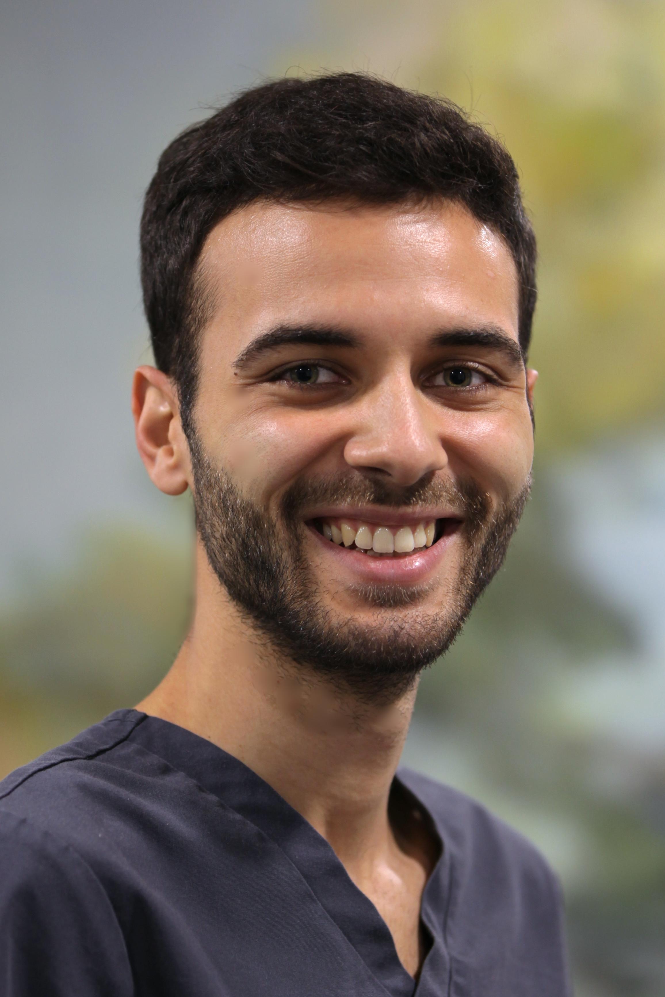 Stefano MasillaDentist - stefano-masilla