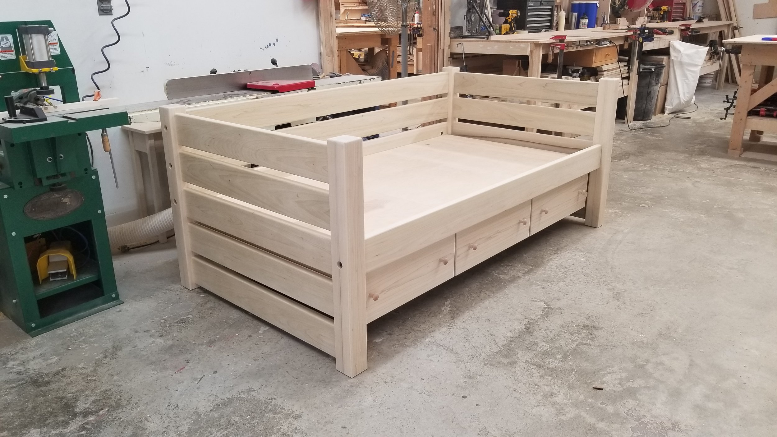 MAINE DAY BED UNFINISHED 2.jpg