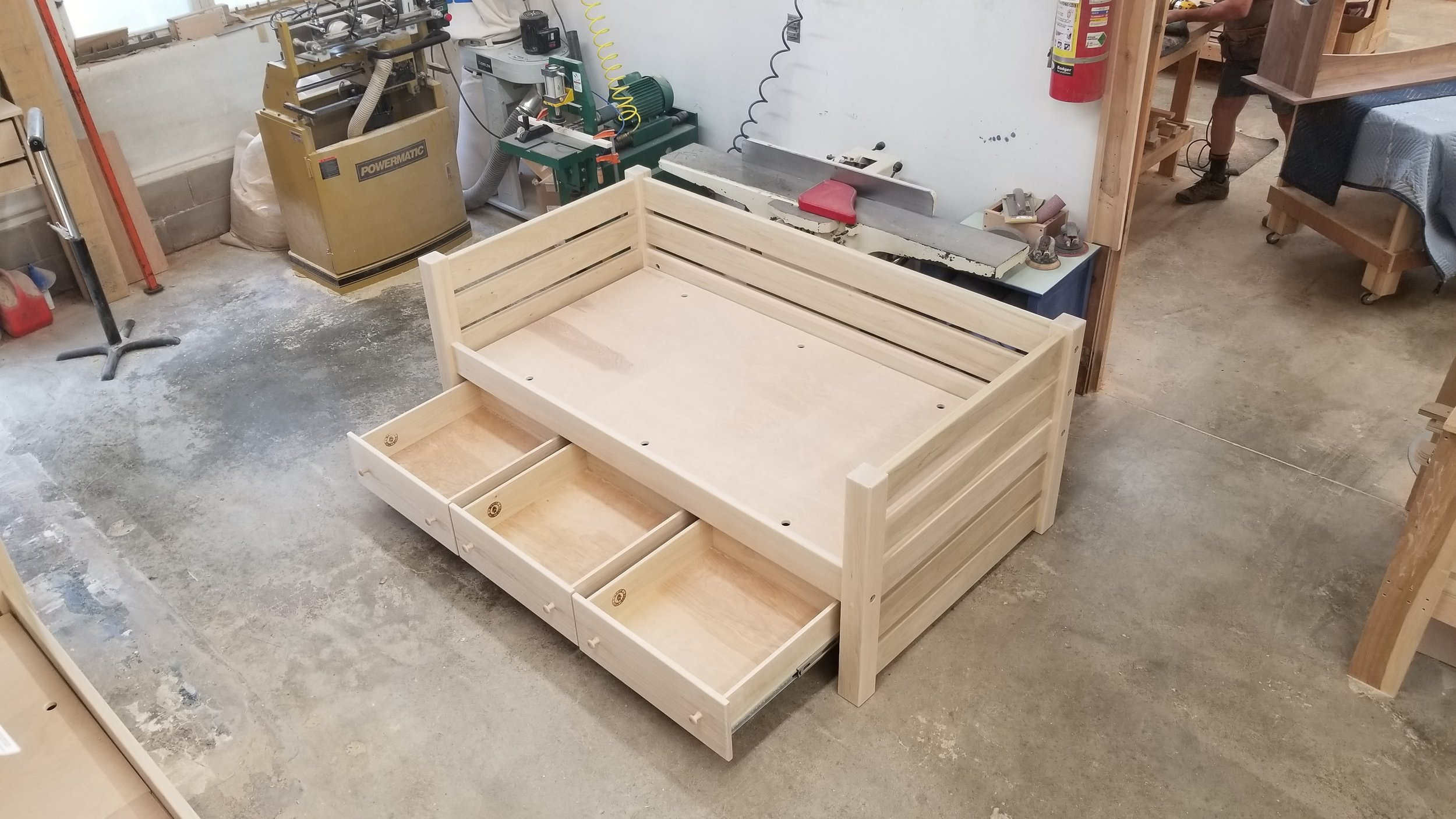 MAINE DAY BED UNFINISHED 3.jpg