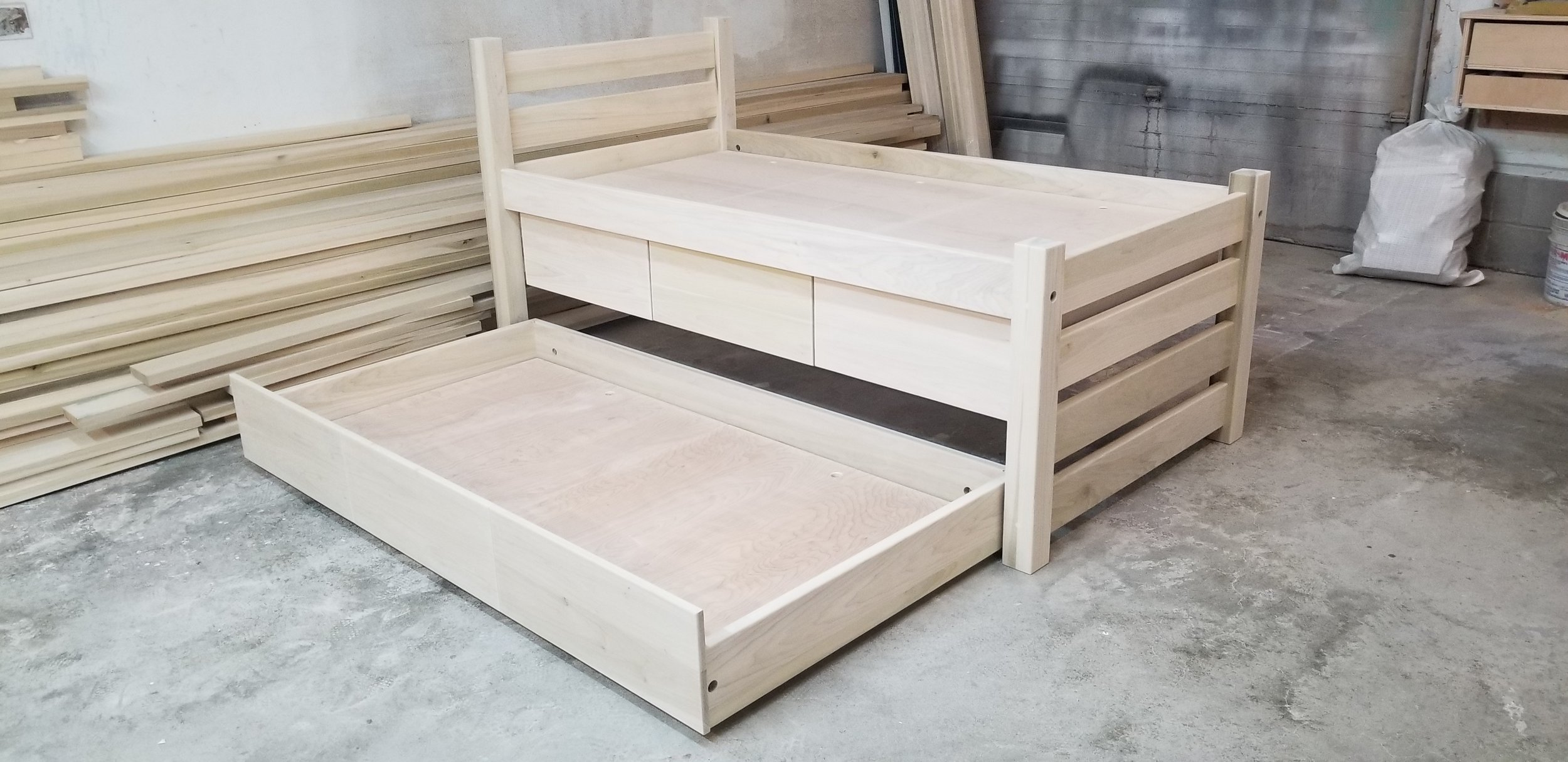 #43 MAINE CAPTAIN'S BED UNFINISHED 4.jpg