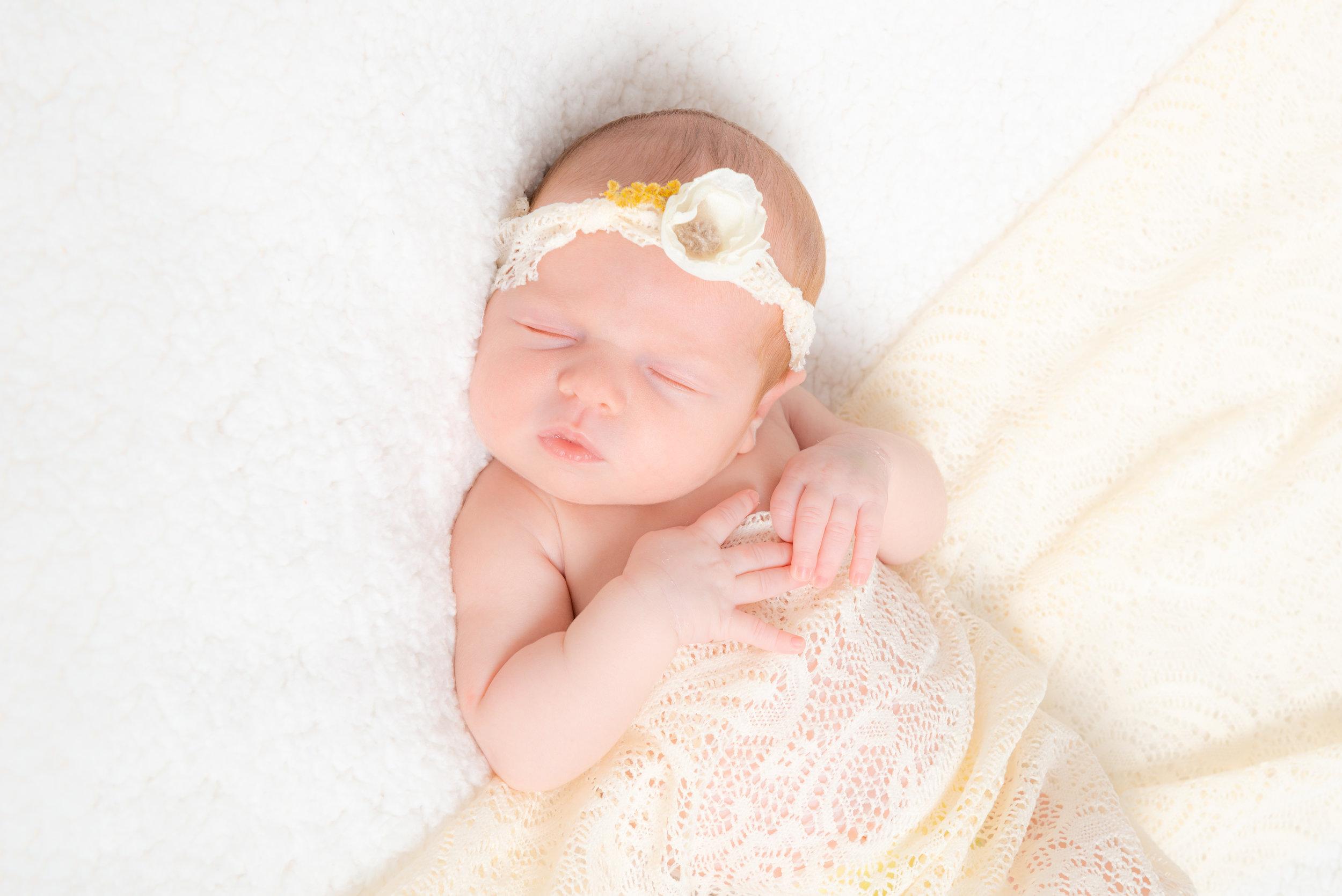 Newborn-fotoshoot-21.jpg