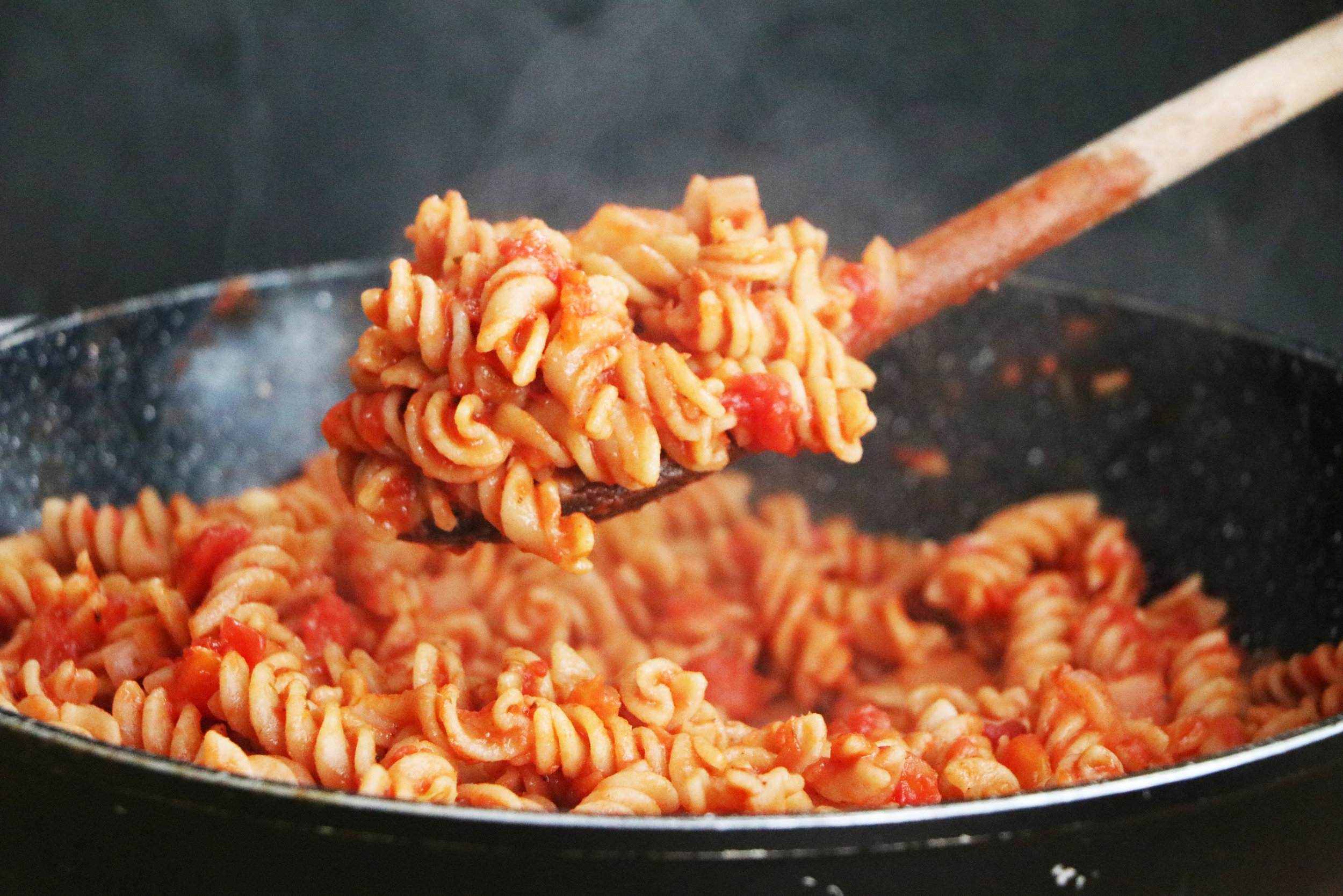 A student staple, this hearty tomato pasta comes to only 27p per serving. - prep time 5 mins total time 15 mins serves 4