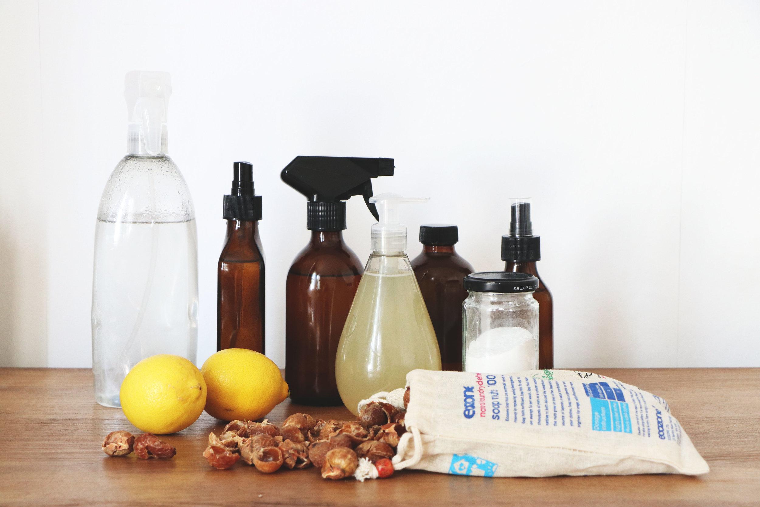 20 DIY NATURAL CLEANING RECIPES, TIPS