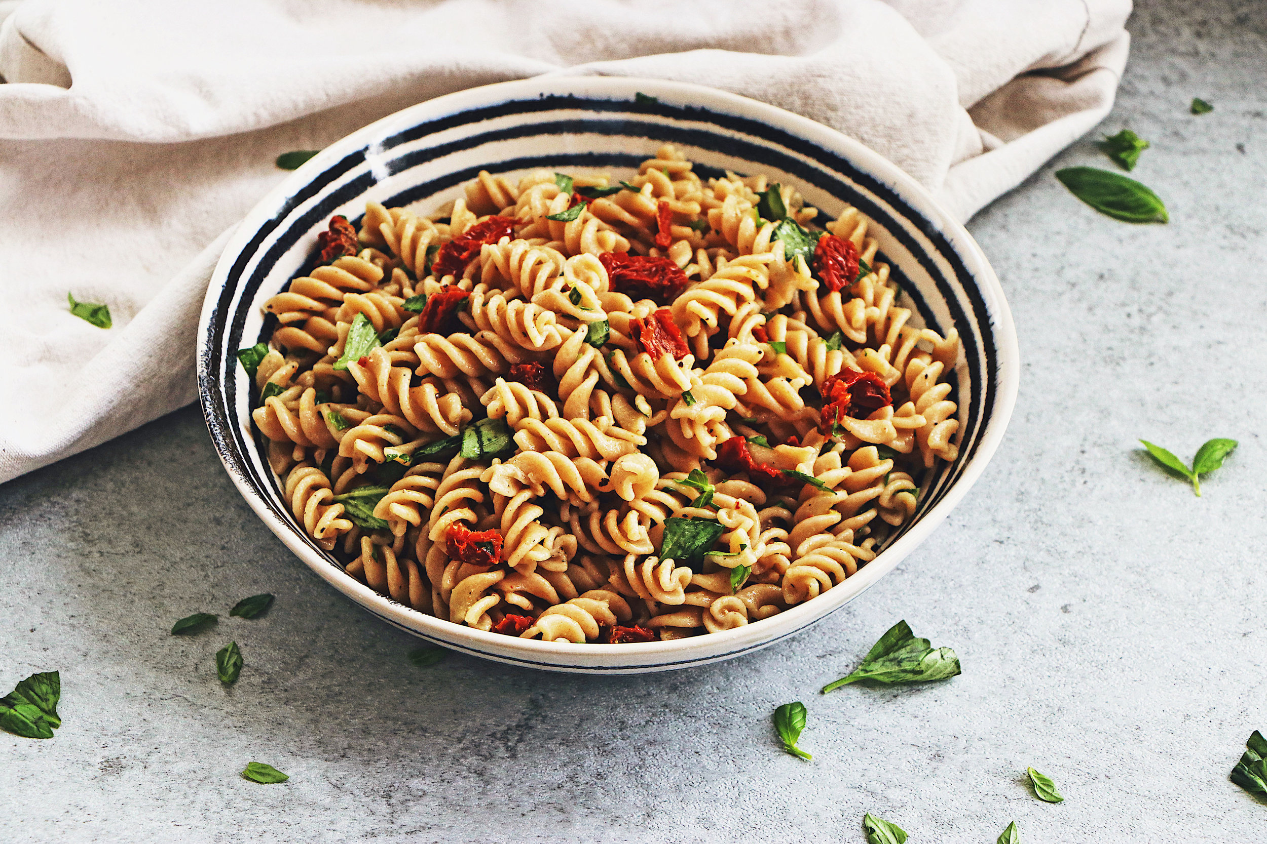 Fresh, filling and full of flavour, this pasta needs just 5 ingredients and 15 minutes of your time! - prep time 10 mins  total time15 mins  serves 4