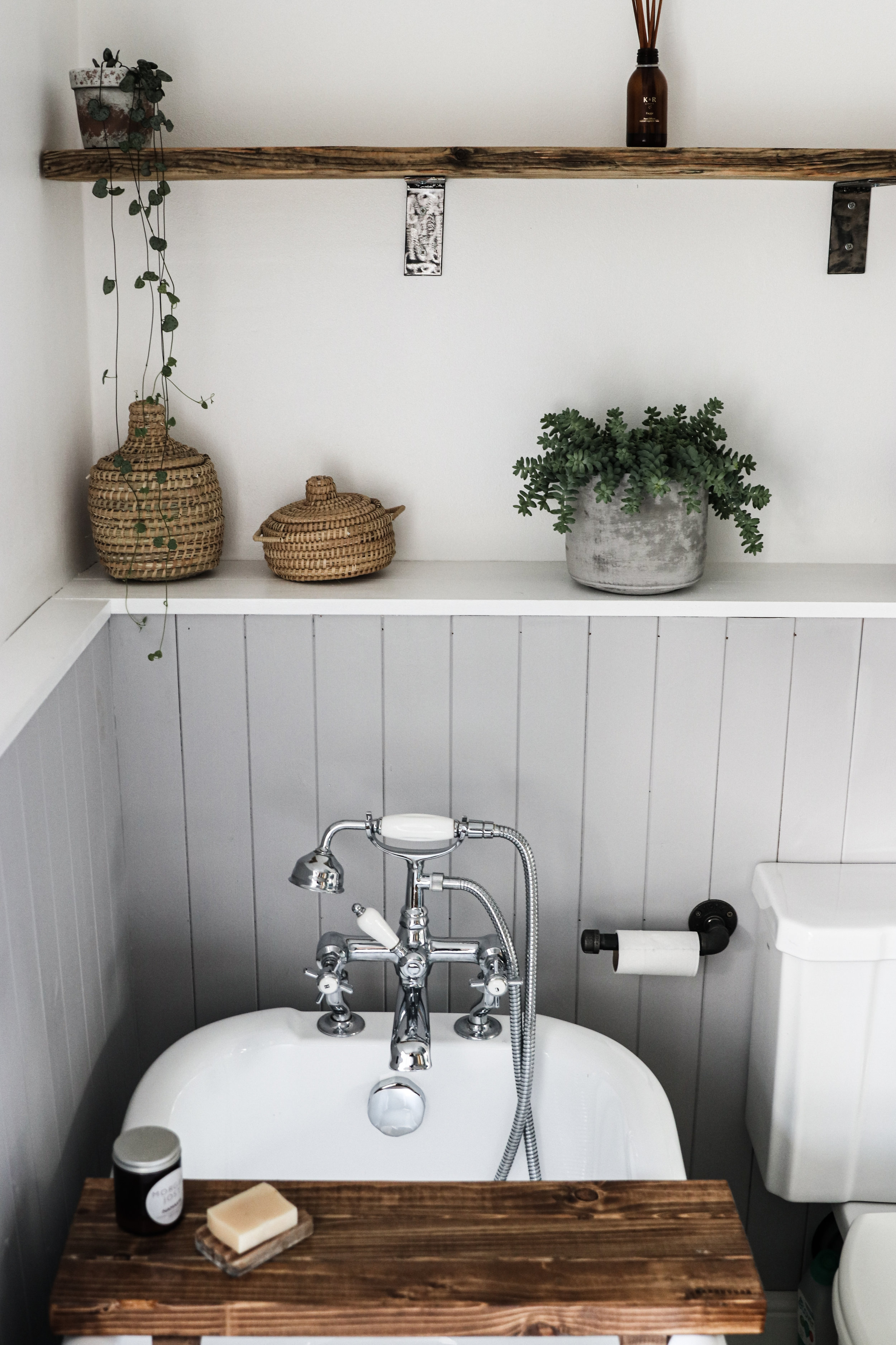bathroombath.jpg