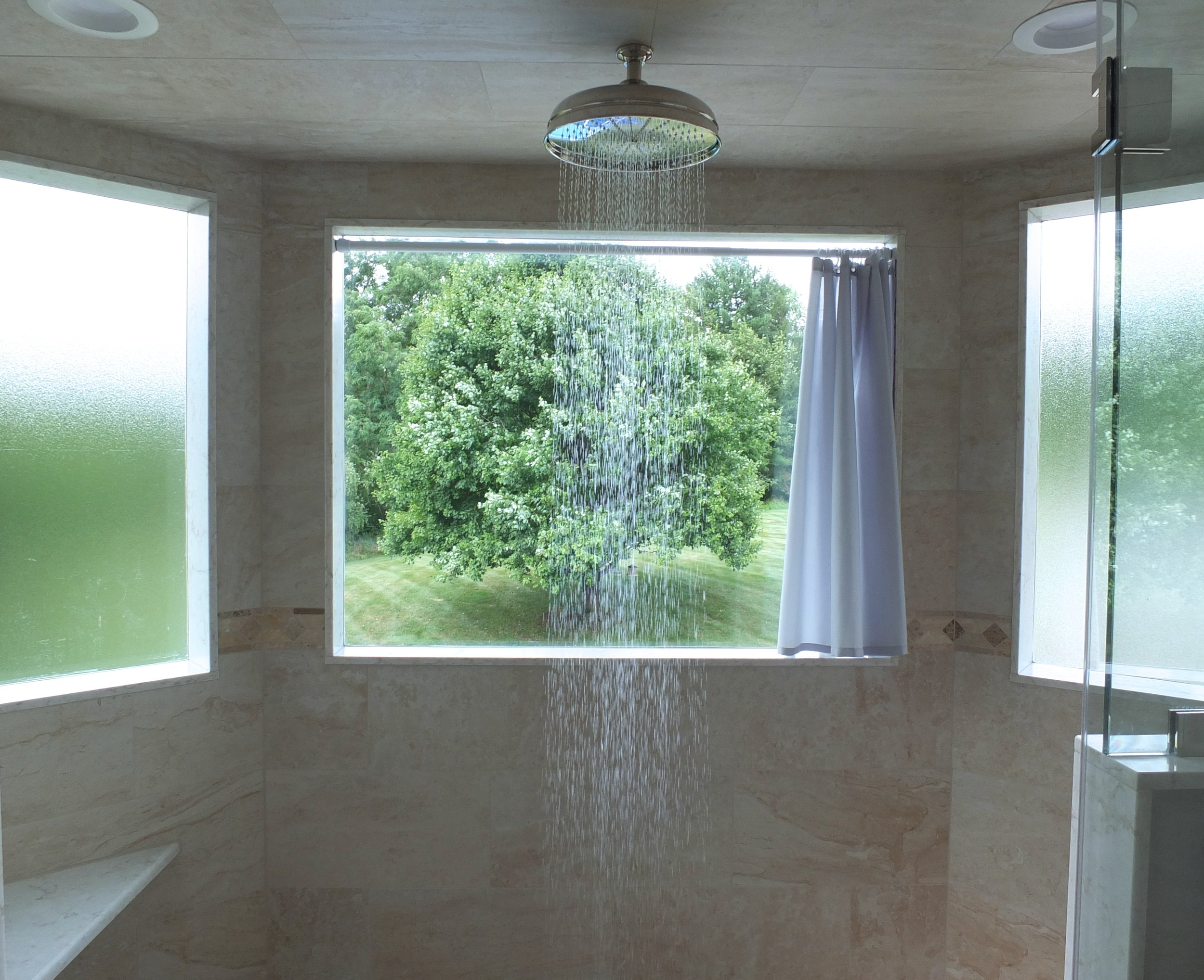 Shower with Bay Windows (1)