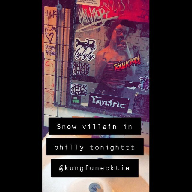 The show tonight at @kungfunecktie_bar was a BLAST with @shawdavisblackties!! We love playing in Philly PA 🔥🔥 played some songs from the new album AND some unreleased songs never played live! Thanks for hosting us, Philadelphia!! 🙌🏻💕 || •{7.28.19}• . . . . . . #snowvillain #albumrelease #pa #philadelphia #philly #harrisburg #lancaster #kungfunecktie #kfnt #altrock #indie #indierock #rock #alt #albumdrop #ep
