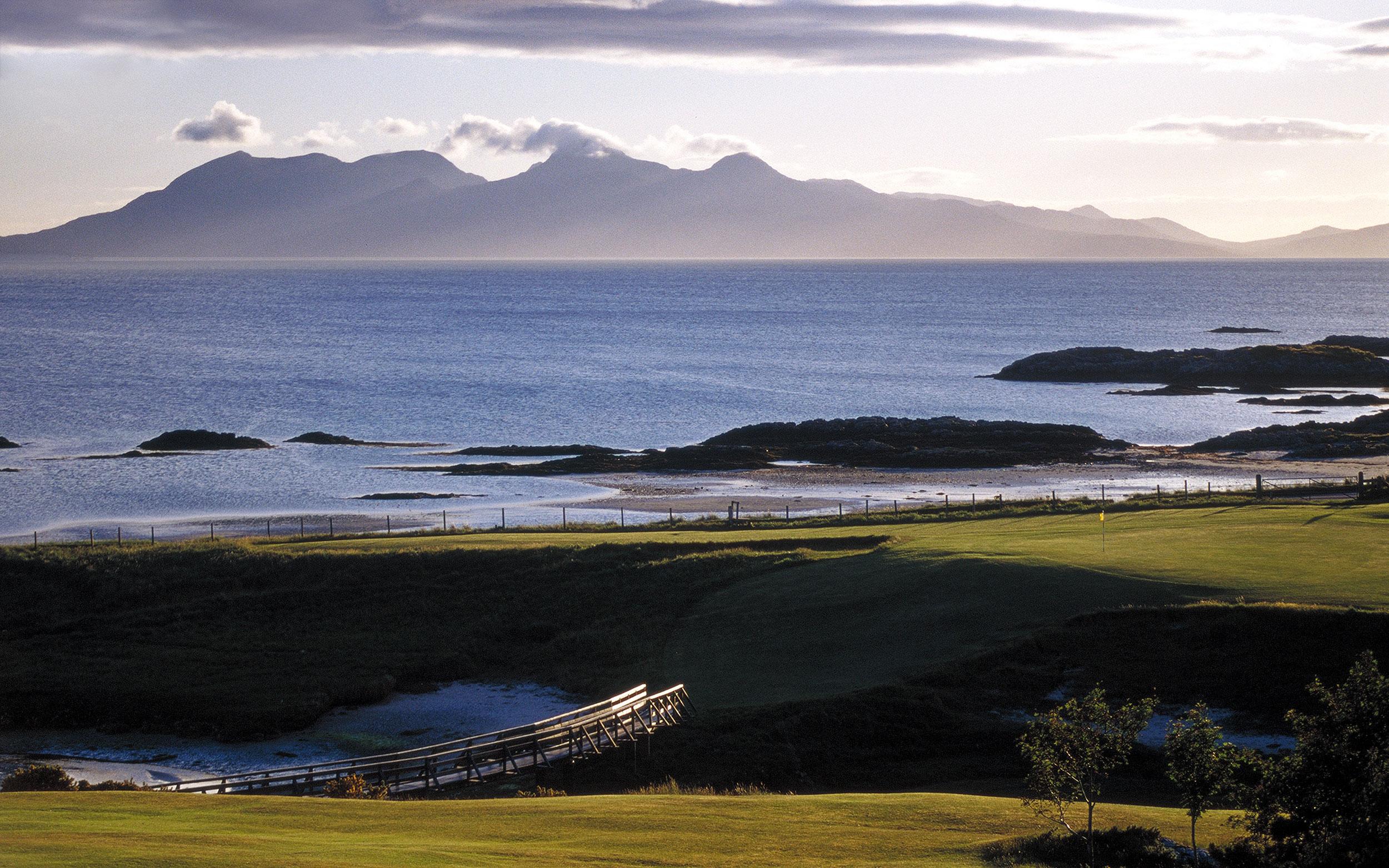 tim-booth-blue-sunset-pc-standard_w2500.jpg
