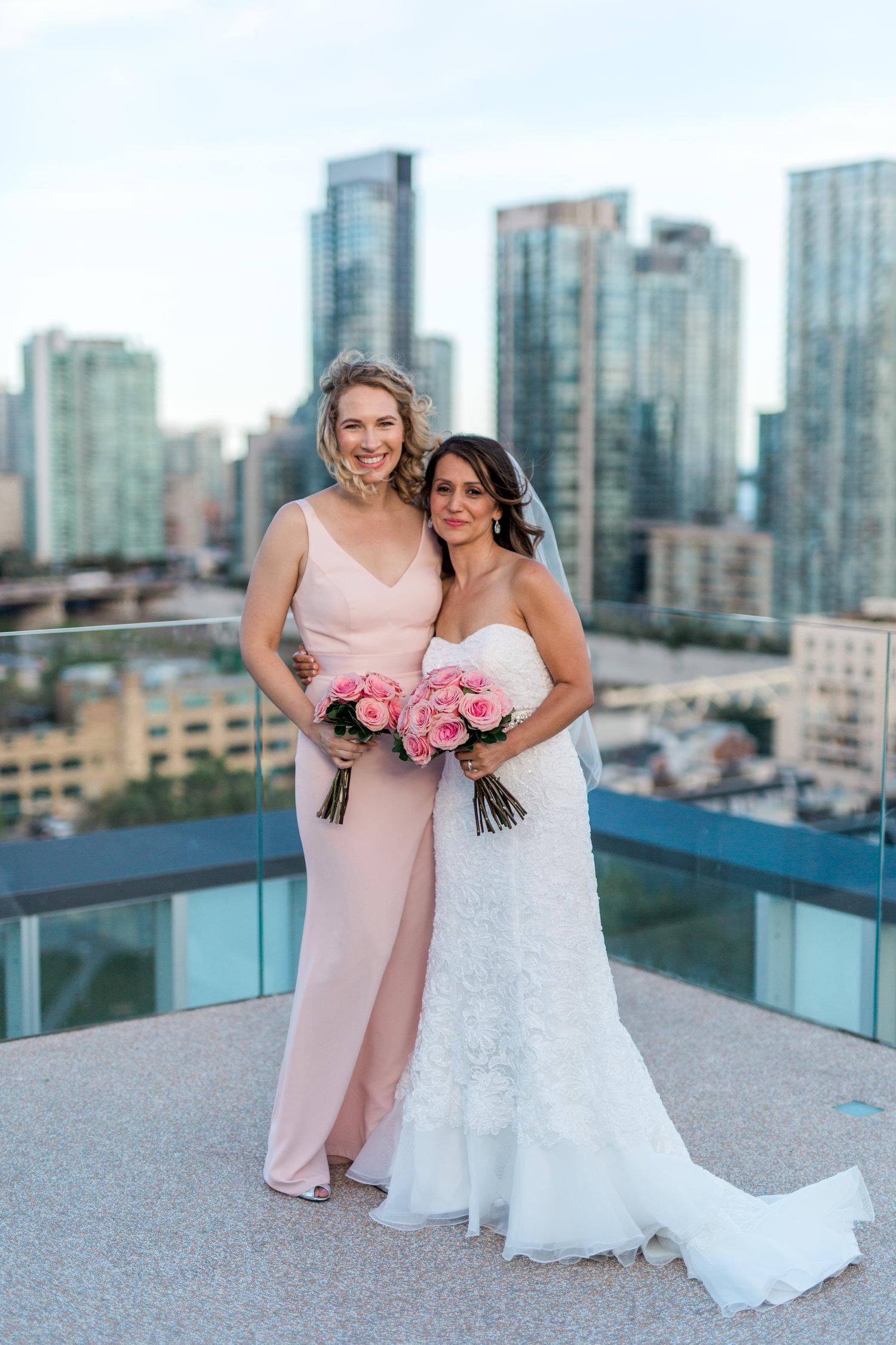 DanielleGiroux_AmirGolbazi_TorontoWeddingPhotographer_ThompsonHotel_SadafWill1860.jpg