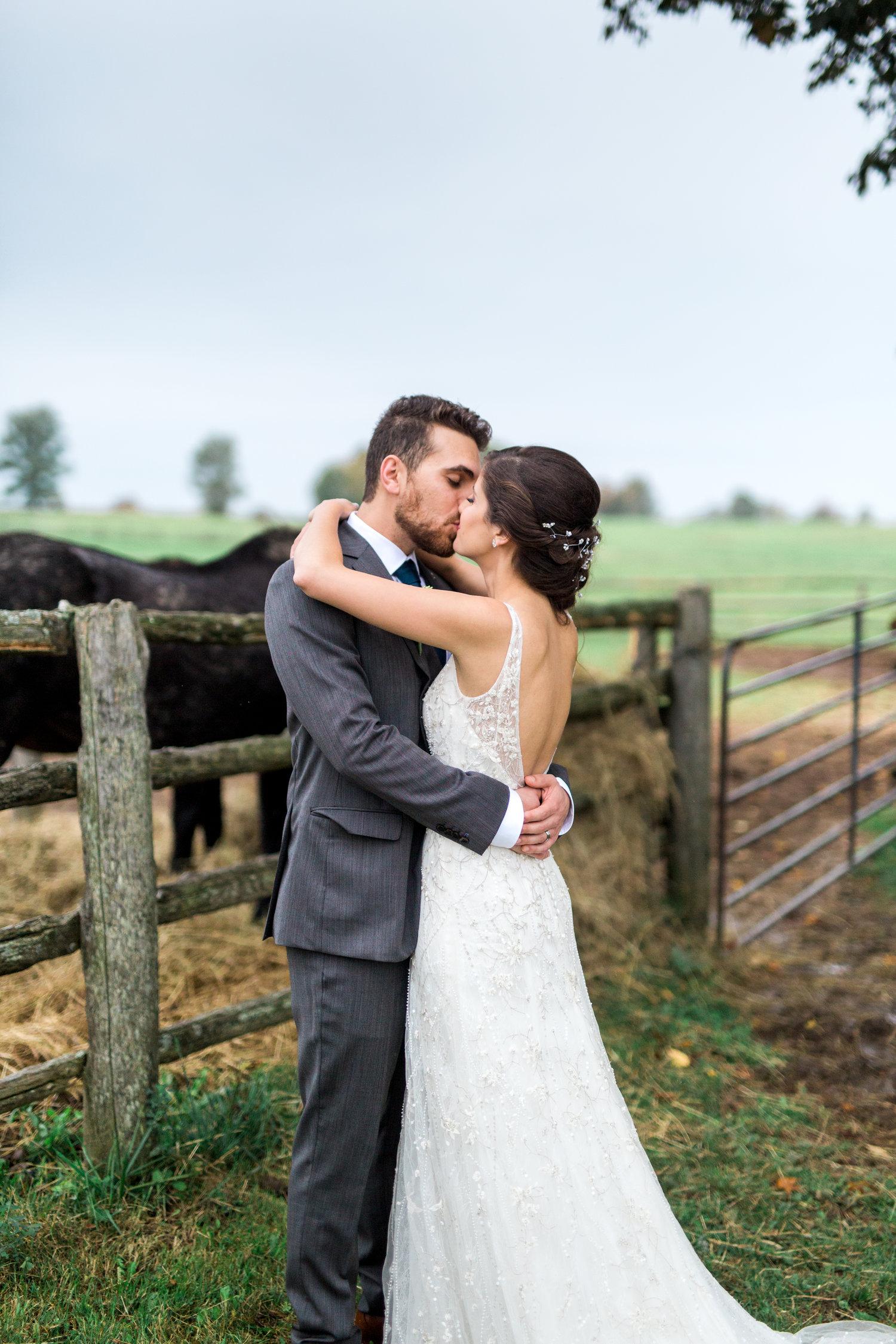 Amir-Golbazi-Danielle-Giroux-Photography_Toronto-Wedding_Cedarwood_Rachel-Paul_500.jpg