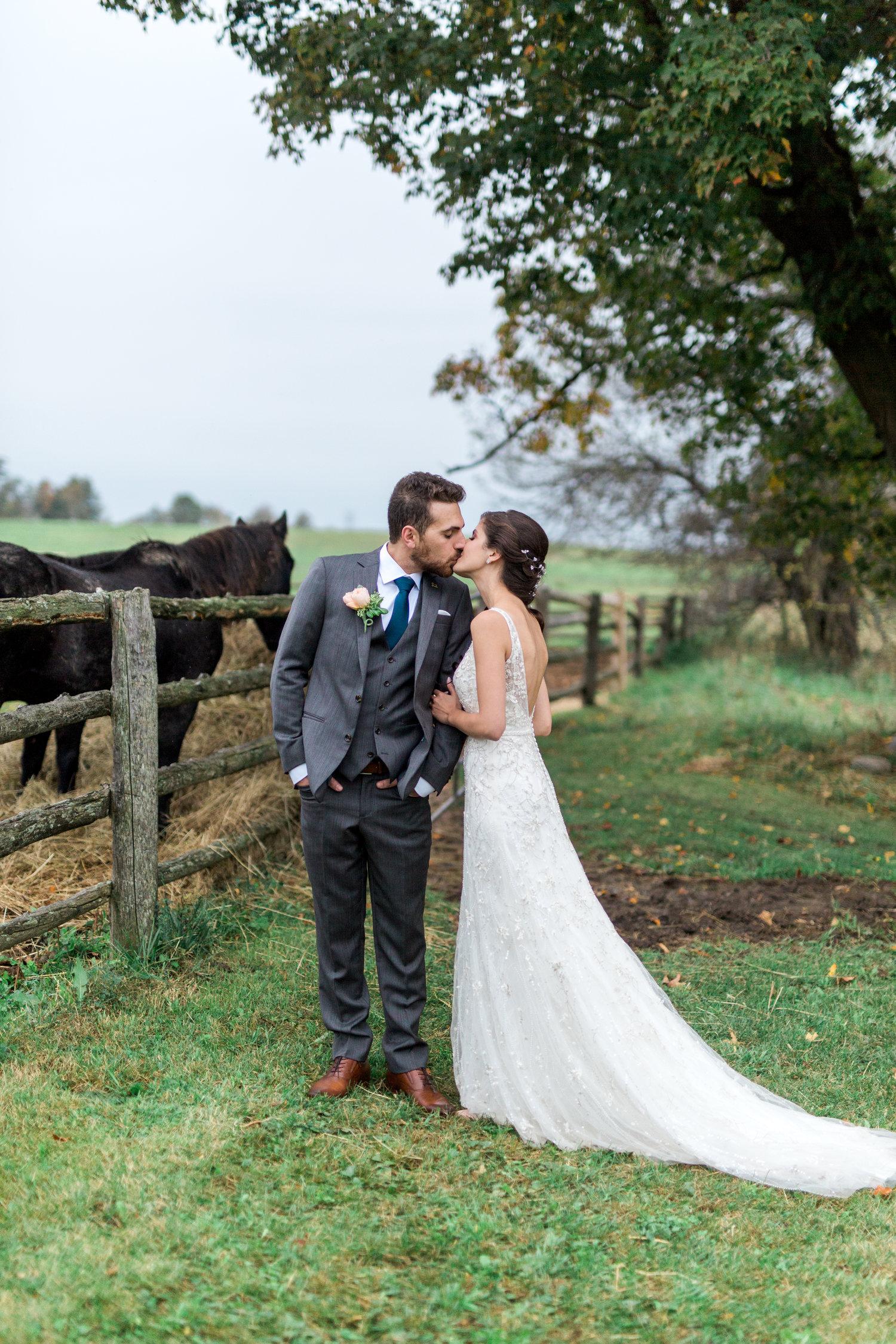 Amir-Golbazi-Danielle-Giroux-Photography_Toronto-Wedding_Cedarwood_Rachel-Paul_561.jpg