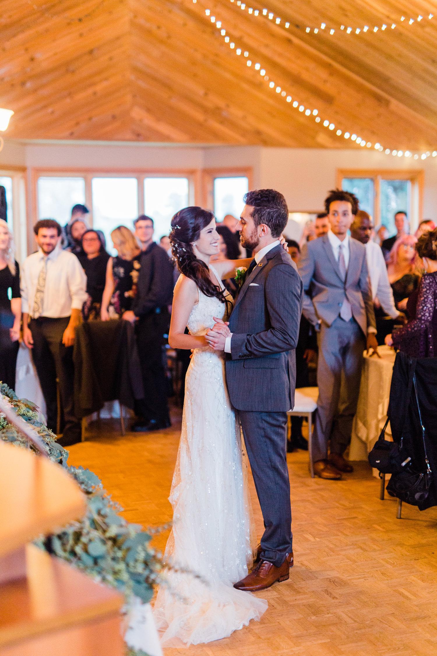 Amir-Golbazi-Danielle-Giroux-Photography_Toronto-Wedding_Cedarwood_Rachel-Paul_584.jpg