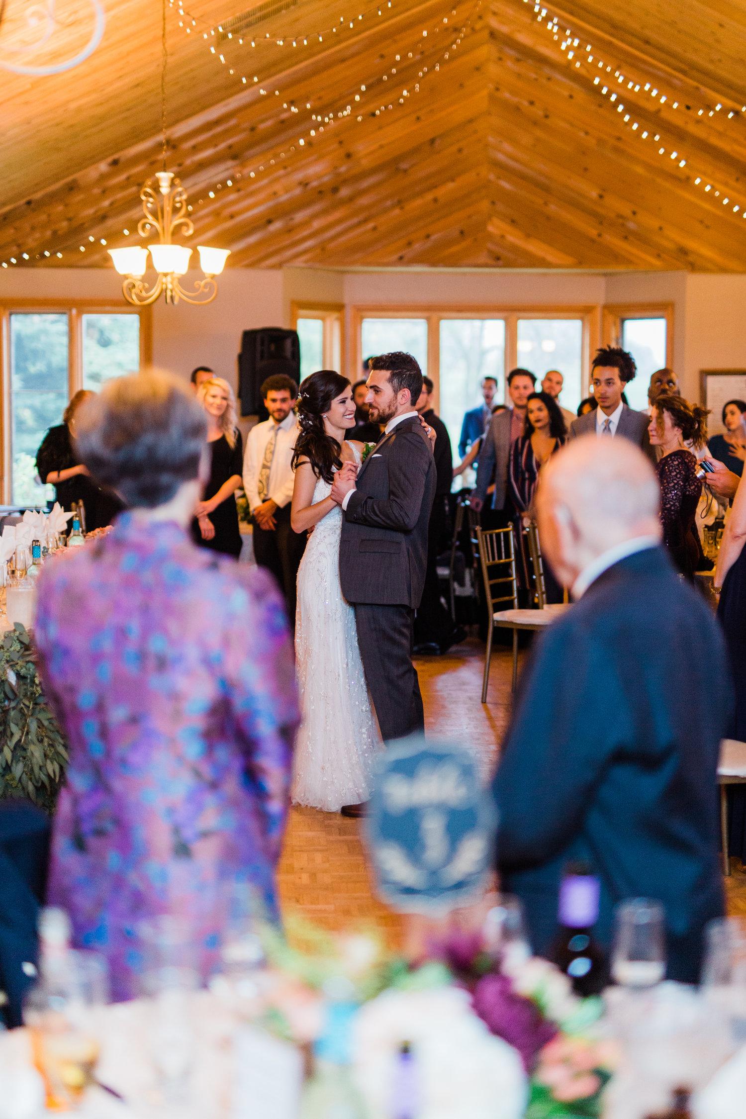 Amir-Golbazi-Danielle-Giroux-Photography_Toronto-Wedding_Cedarwood_Rachel-Paul_607.jpg