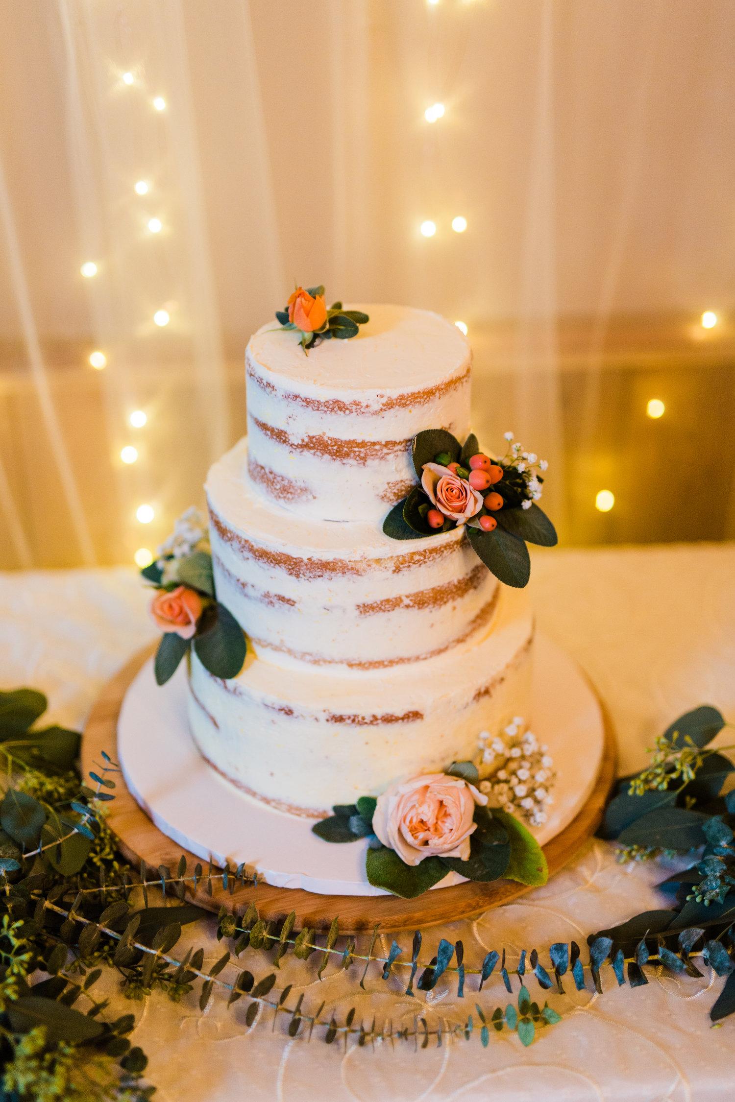 Amir-Golbazi-Danielle-Giroux-Photography_Toronto-Wedding_Cedarwood_Rachel-Paul_616.jpg