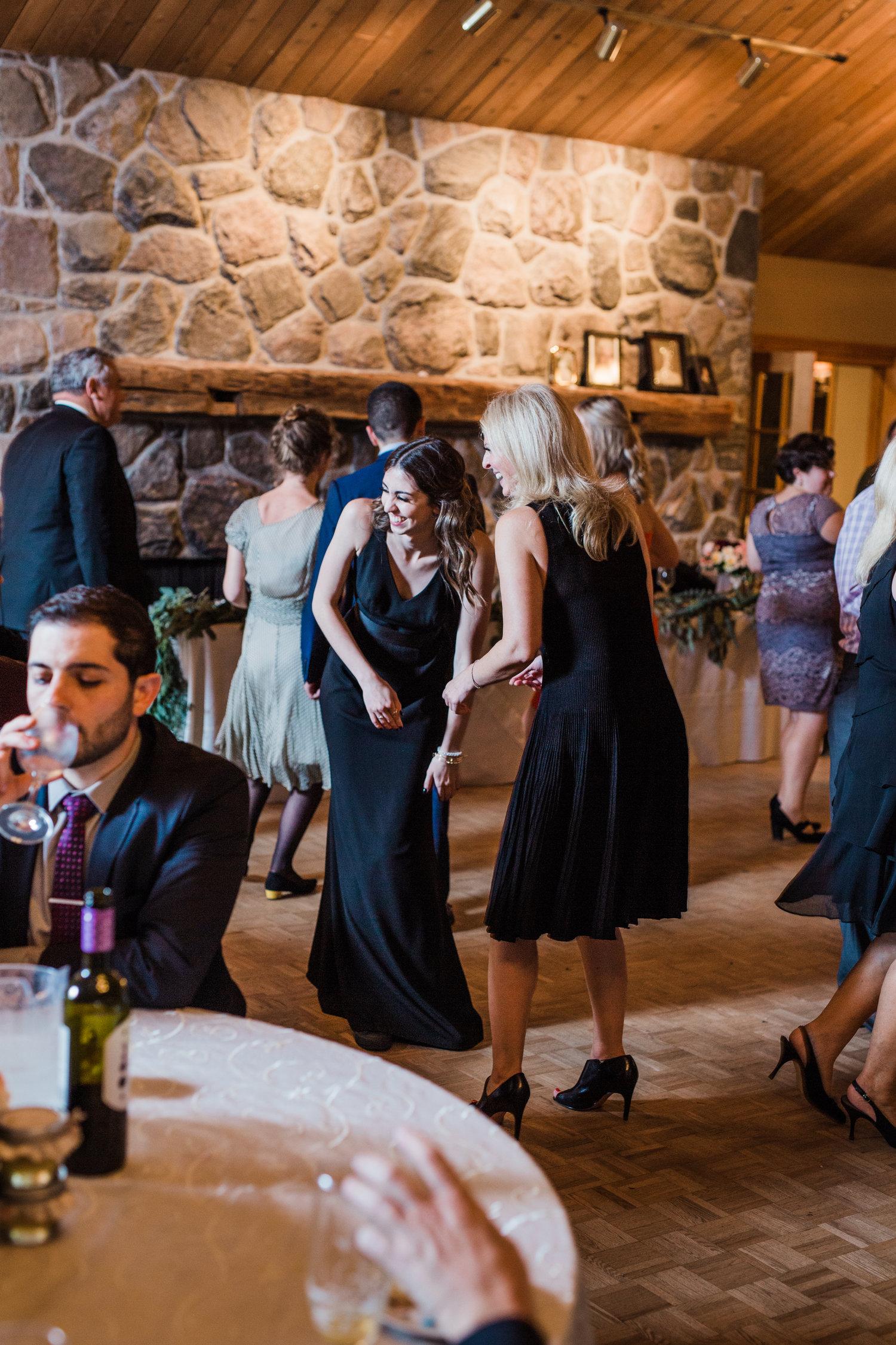 Amir-Golbazi-Danielle-Giroux-Photography_Toronto-Wedding_Cedarwood_Rachel-Paul_839.jpg