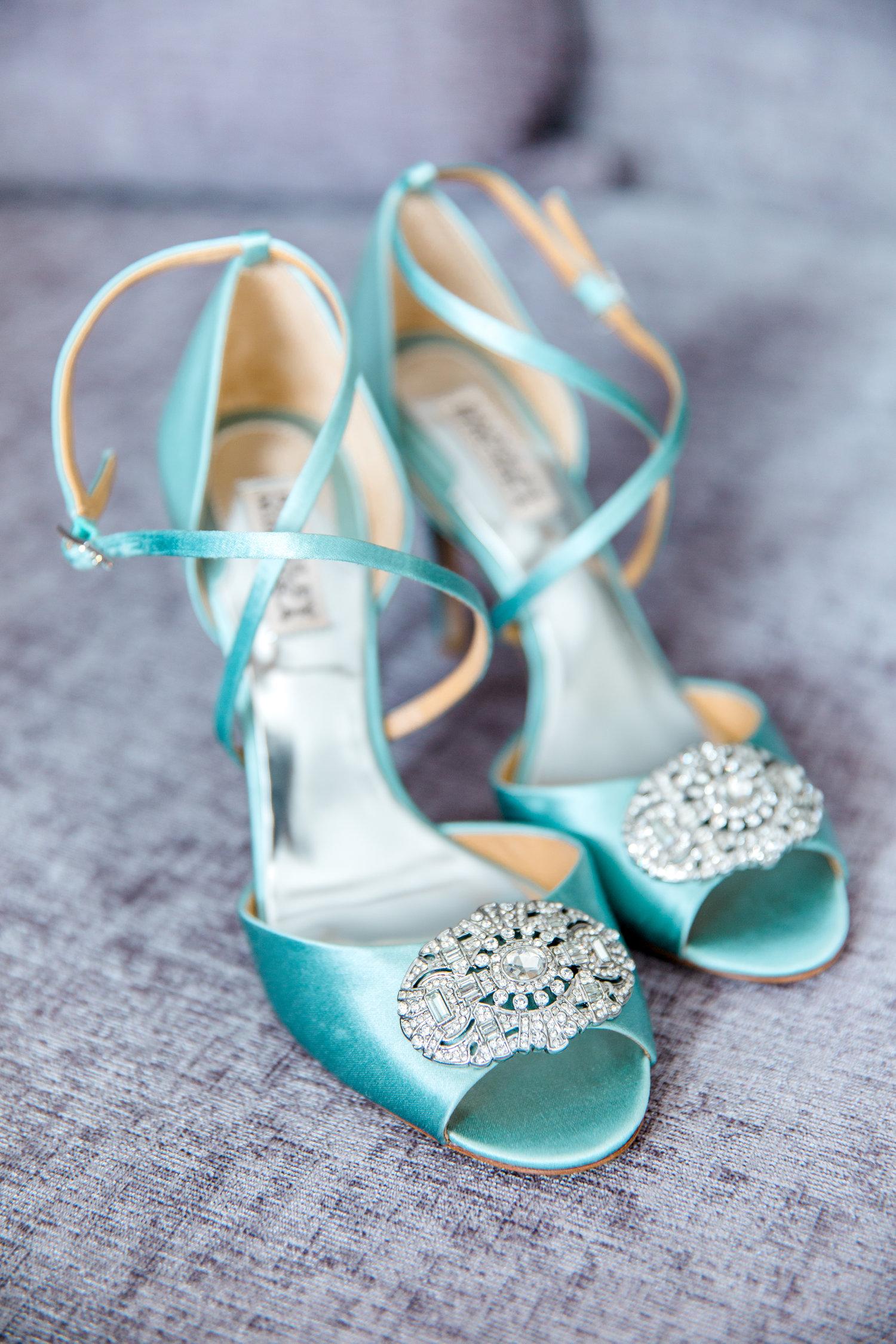 Danielle-Giroux-Amir-Golbazi-Toronto-Wedding-Photographer-Bellvue-Manor_DeLuca_1-086.jpg