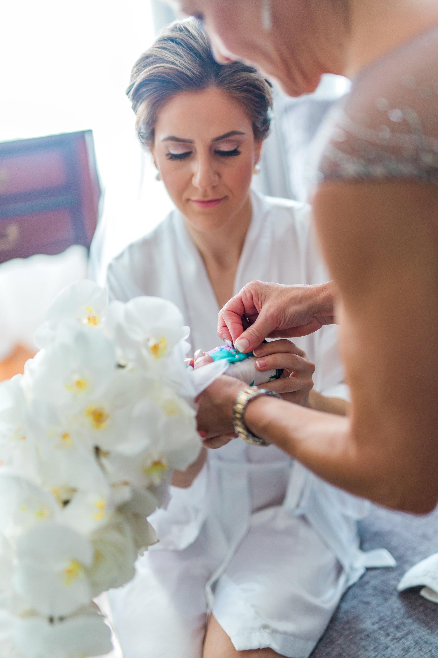 Danielle-Giroux-Amir-Golbazi-Toronto-Wedding-Photographer-Bellvue-Manor_DeLuca_1-122.jpg