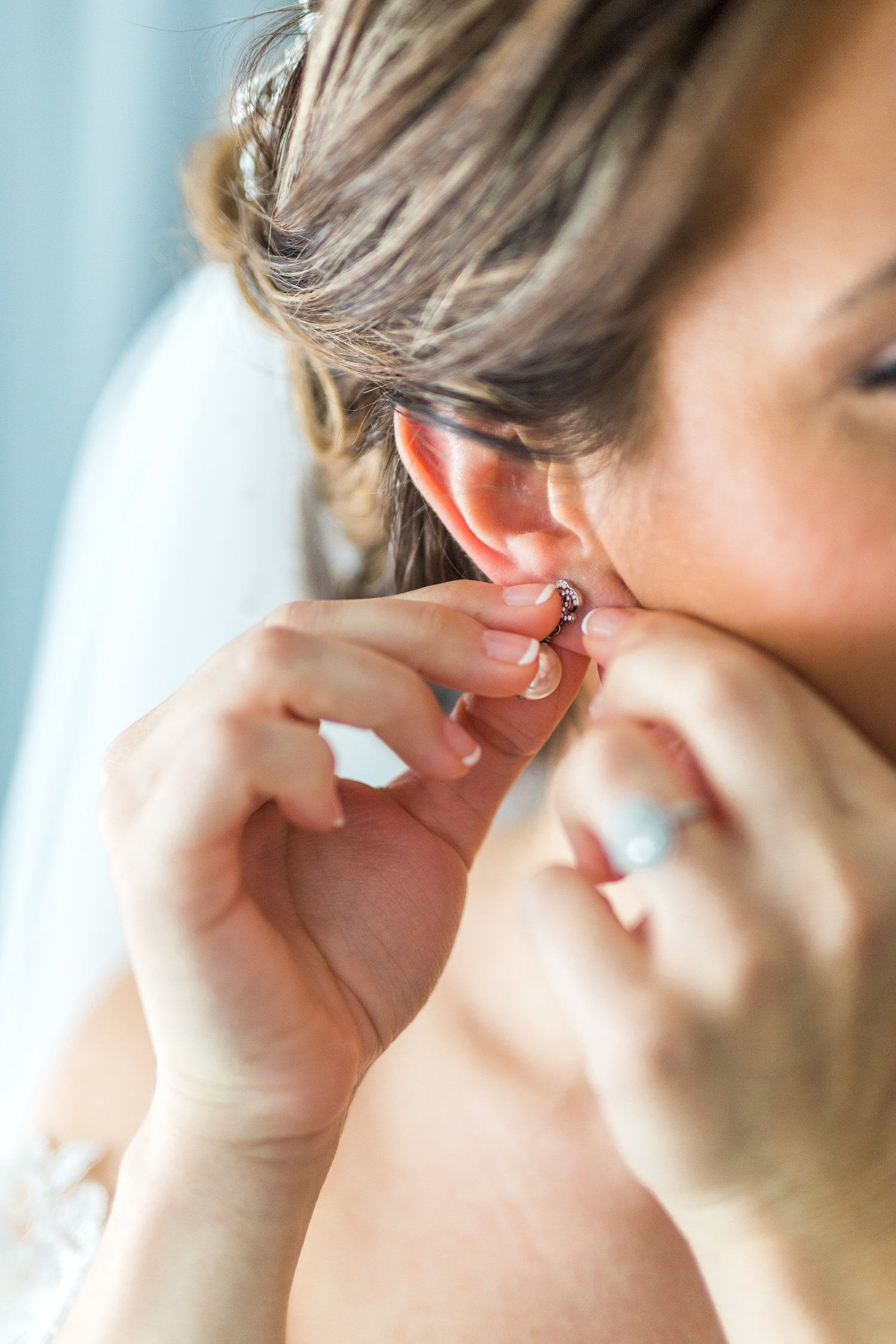 Danielle-Giroux-Amir-Golbazi-Toronto-Wedding-Photographer-Bellvue-Manor_DeLuca_1-143.jpg