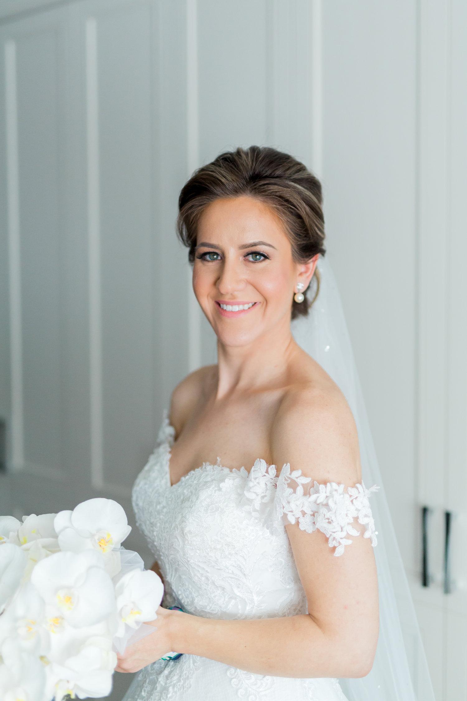 Danielle-Giroux-Amir-Golbazi-Toronto-Wedding-Photographer-Bellvue-Manor_DeLuca_1-265.jpg