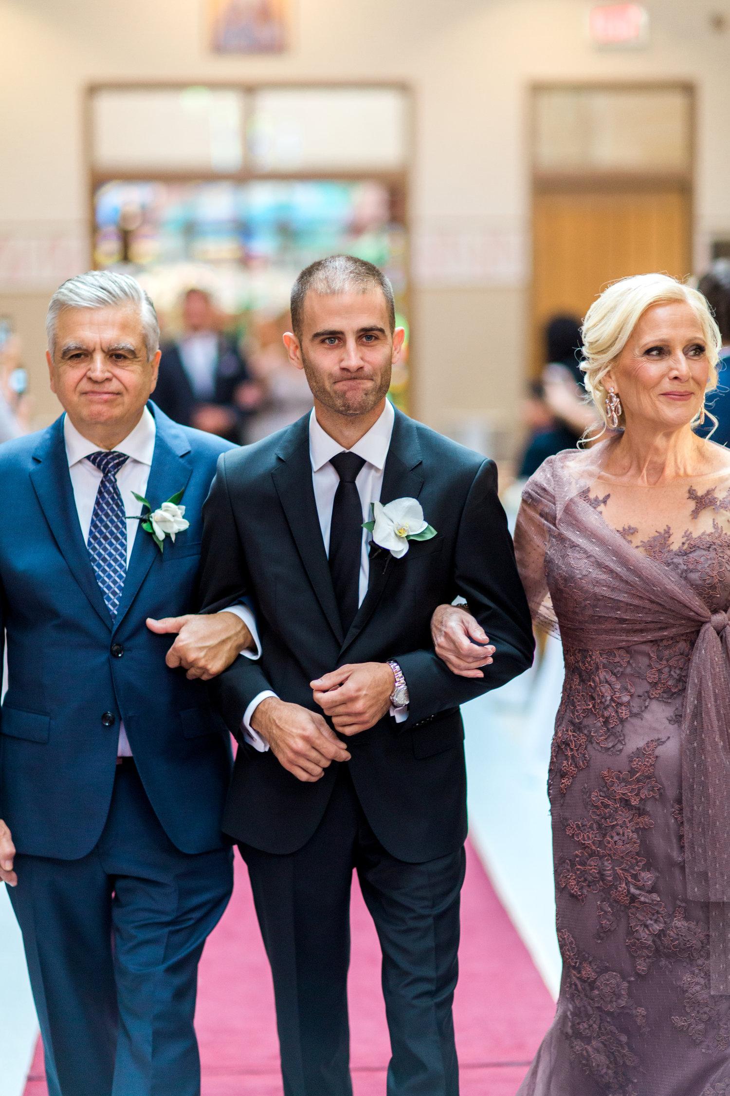 Danielle-Giroux-Amir-Golbazi-Toronto-Wedding-Photographer-Bellvue-Manor_DeLuca_1-290.jpg