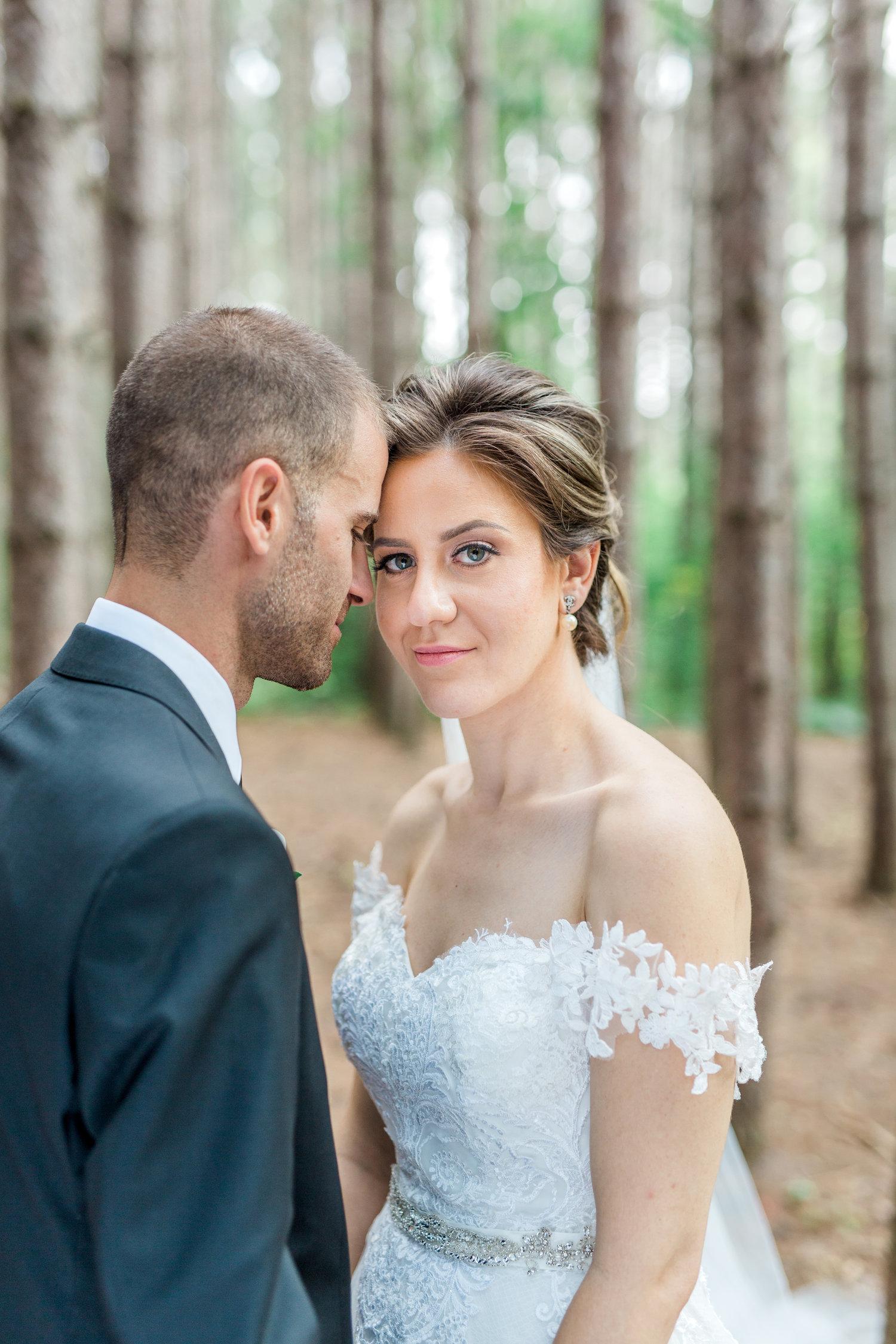 Danielle-Giroux-Amir-Golbazi-Toronto-Wedding-Photographer-Bellvue-Manor_DeLuca_1-832.jpg