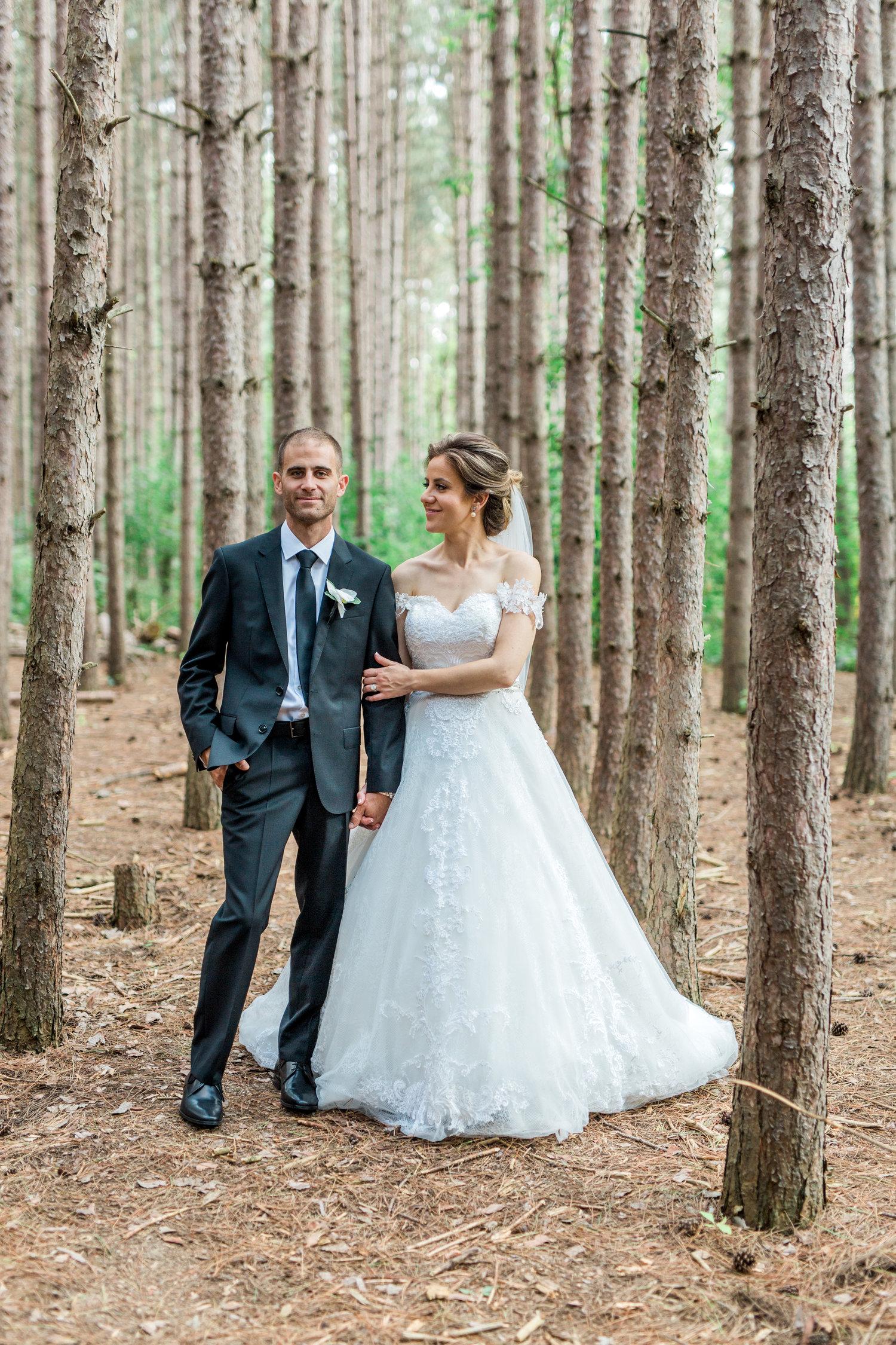 Danielle-Giroux-Amir-Golbazi-Toronto-Wedding-Photographer-Bellvue-Manor_DeLuca_1-862.jpg
