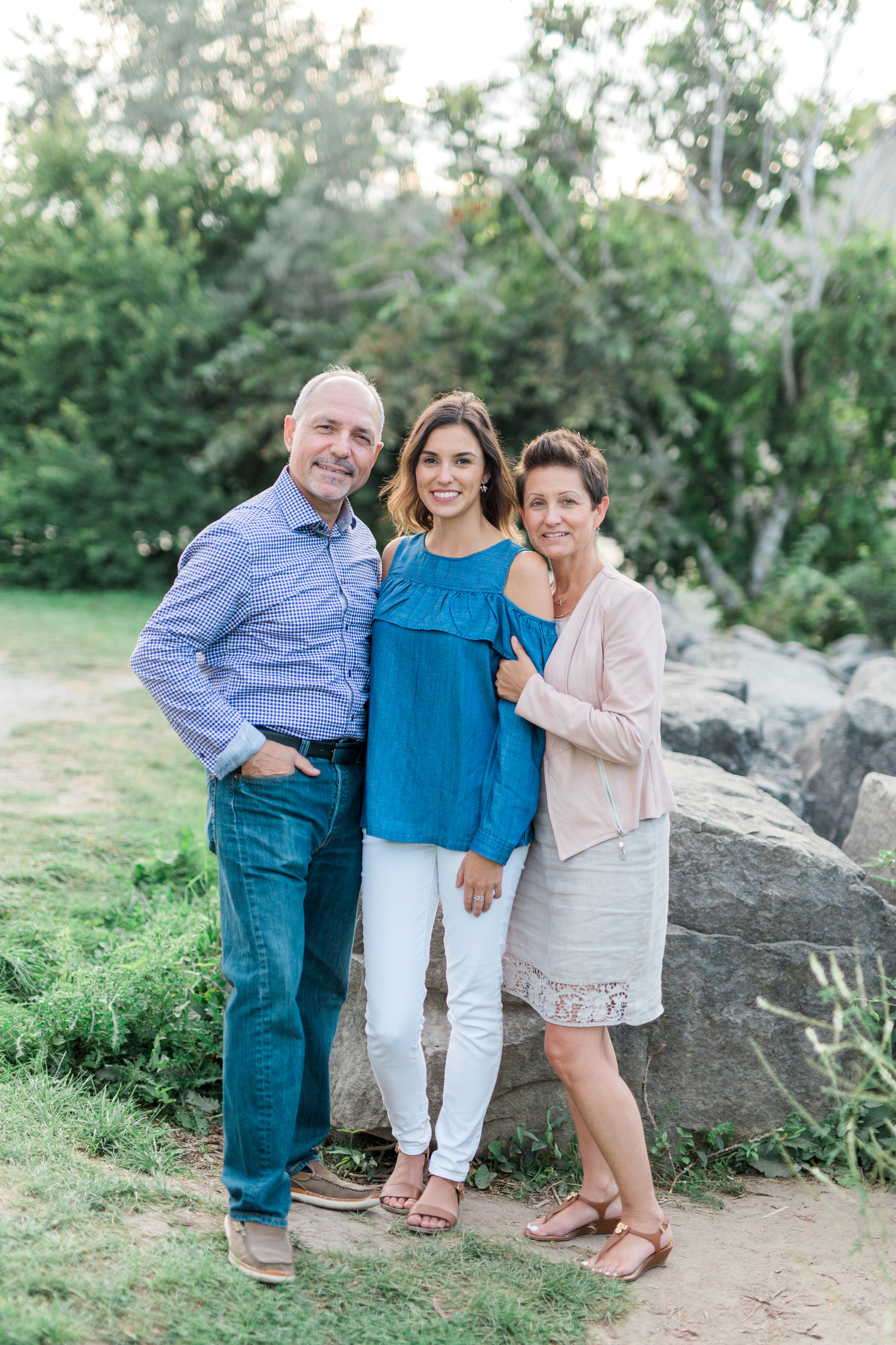 Danielle-Giroux-Amir-Golbazi-Genua-Family-Photography-Scarborough-Bluffs-9121.jpg
