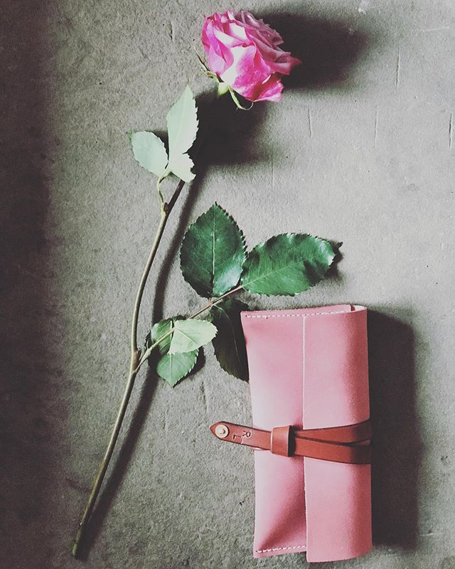 Today I think of all the mommas in my life - the women who have made a safe place, a nest, for family and friends. Have a great day and may you be surrounded by some love today (and everyday!) • • • • #rivetleatherworks #lovetoday #mothersday #leatherwristlet #style #madeintheusa #pink