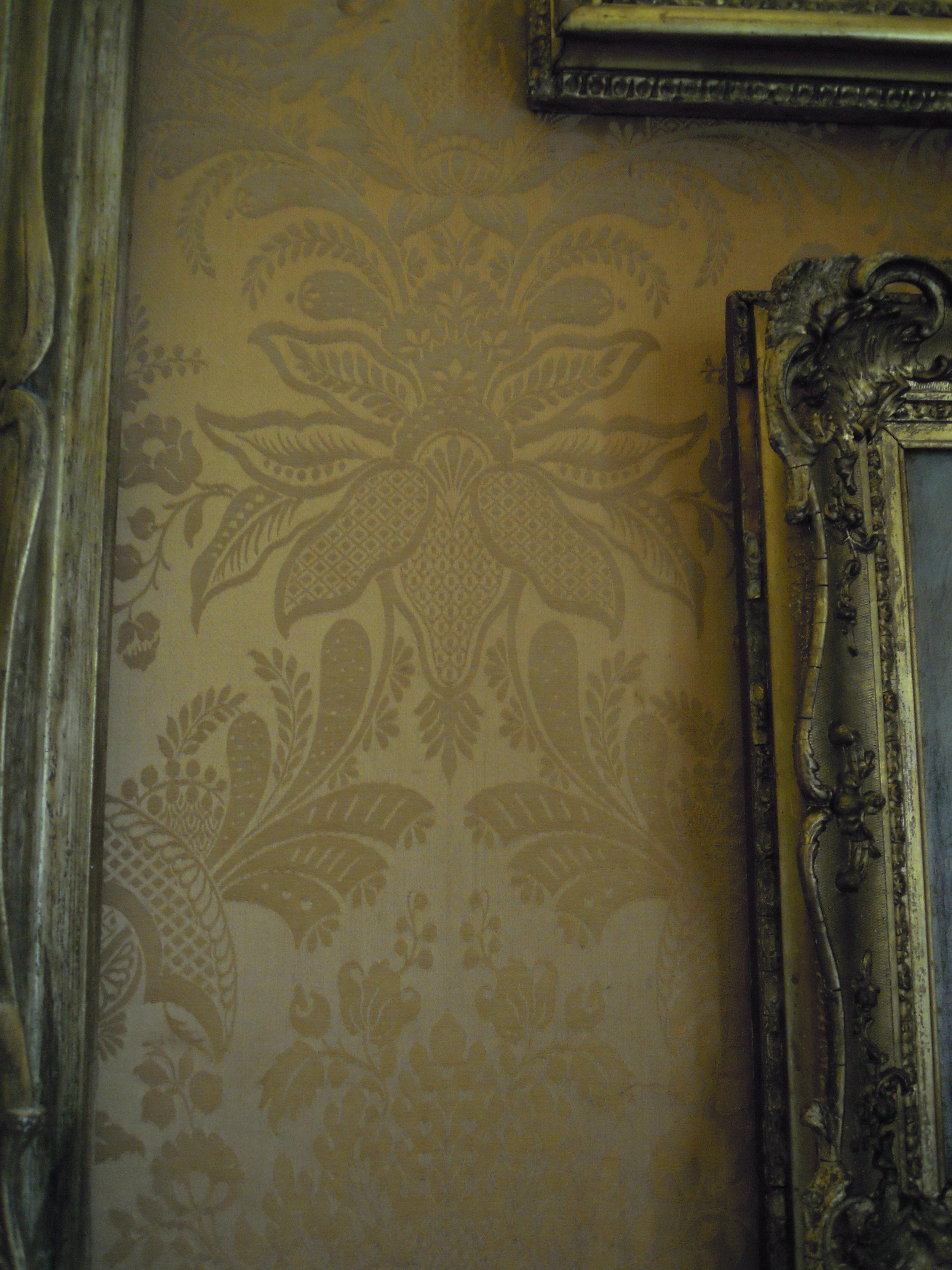 "Gold silk Wall ""paper"""