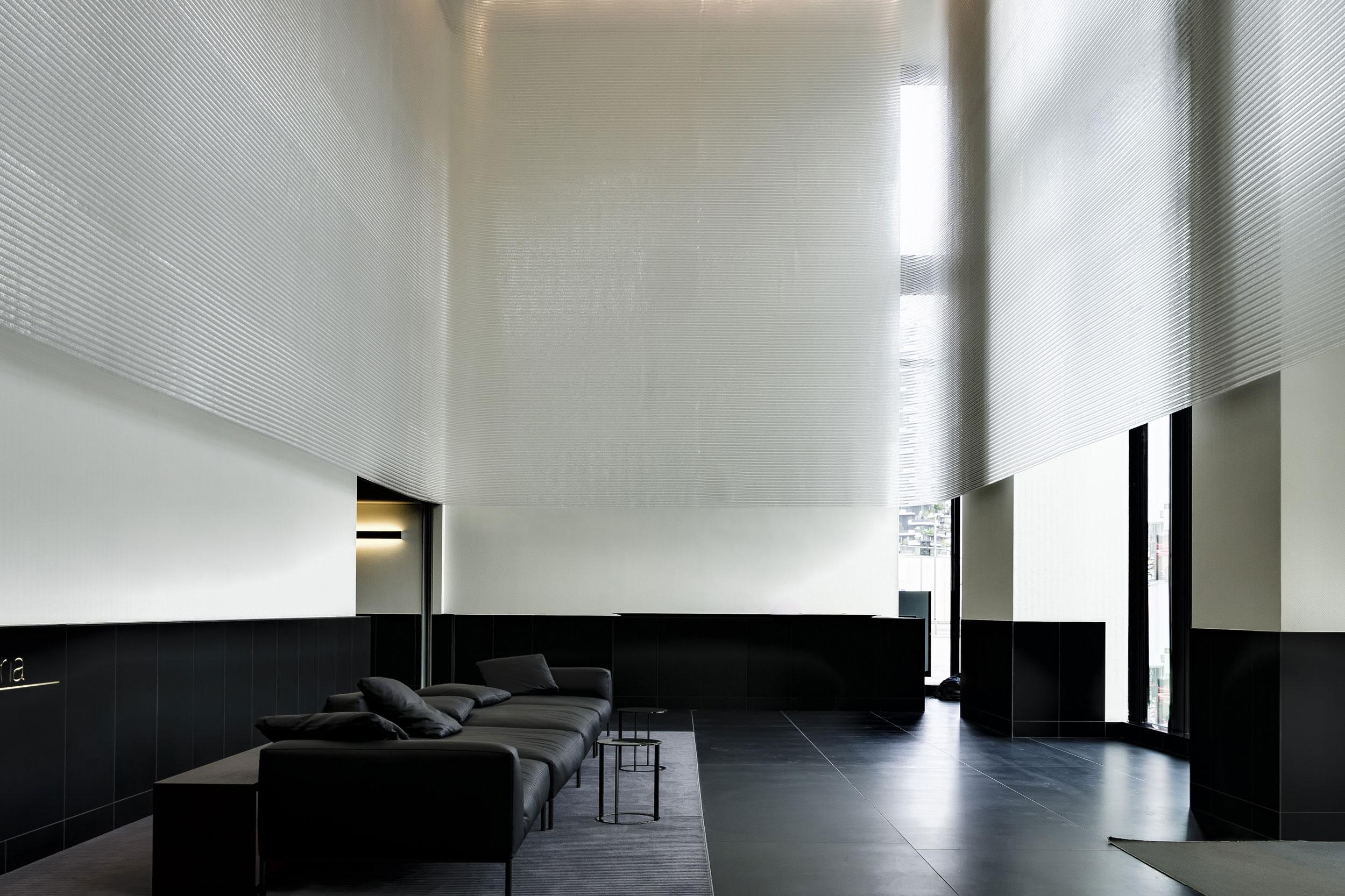 Ethereal Screening for Italian Apartment Foyer  Torre Solaria, Milan, Italy