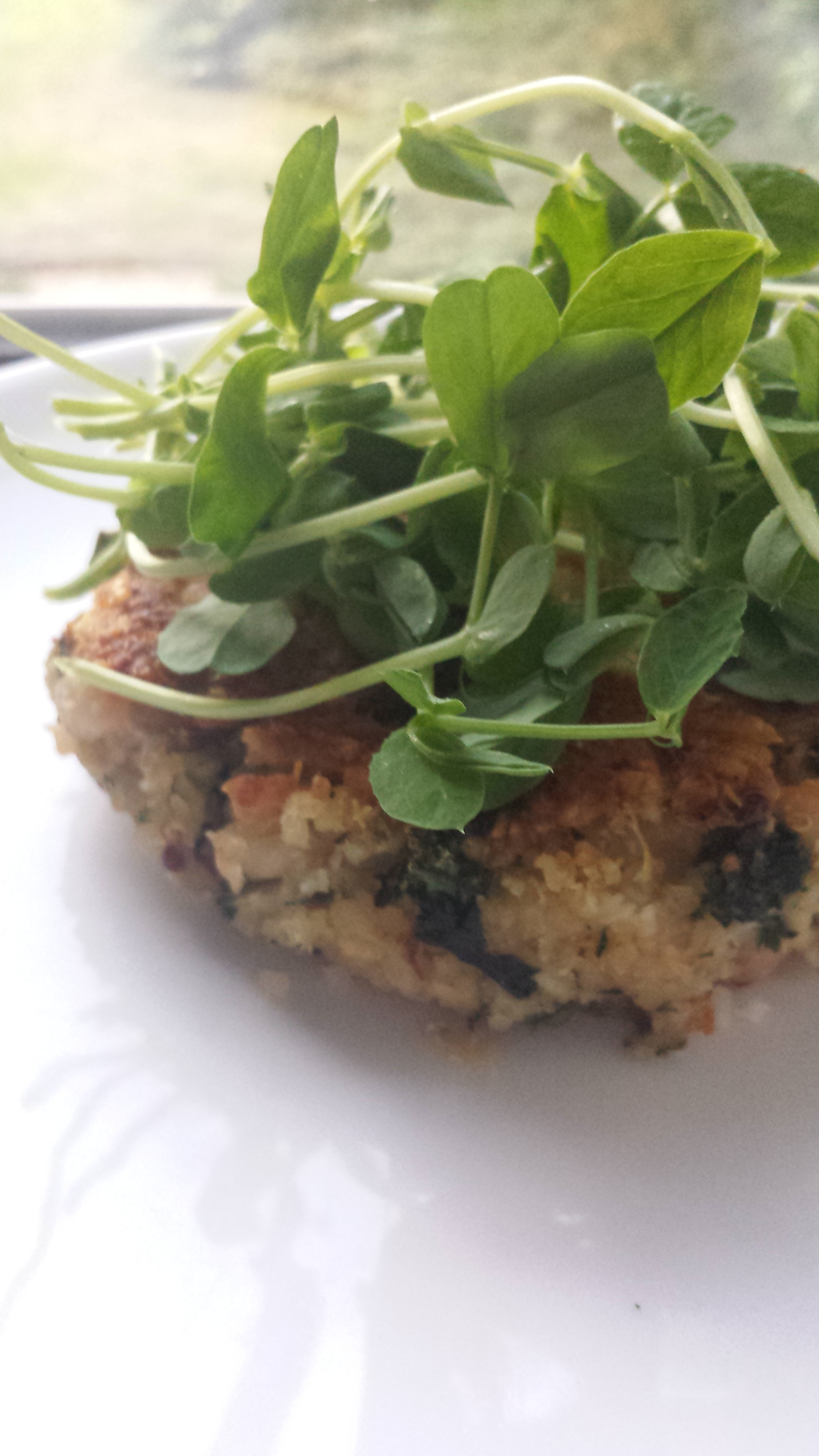 - ingredients3 cups white navy beans (about 1 cup dry, or 2 cans)½ cup almond flour (also known as almond meal)3 cloves of garlic3 tbsp chopped herbs (I used parsley and dill)2 tbsp chopped onion3 cups raw kale + 1 tbsp coconut oil for sautéing2 cups cooked quinoa (to make: 1 cup dry quinoa added to 2 cups boiling water.Turn the heat right down, cover, continue to cook until all the water has been absorbed, let sit for a couple minutes and then fluff with a fork. Done)½ tsp cumin¼ tsp coriander1 tbsp Dijon mustardjuice from one lemon1 tsp salta few cracks of black pepperfew dashes of smoked paprika (if you like a bolder flavour, add more)1 eggmake it-if using dried beans, soak overnight (or at least 8 hours) and cook in a large pot of boiling water until they are soft, this usually takes about an hour. If using canned, drain and rinse.Add your beans to a food processor. Pulse the beans a few times to start breaking them down.-remove the thick inner ribbing in the kale and roughly chop into small ribbons. Heat 1 tbsp of coconut oil in a frying pan, and lightly sauté just until bright green. Take the pan off of the heat and set aside.-roughly chop the garlic and herbs and add to the food processor. Pulse a few times to combine.Add almond flour, onion, quinoa. On high, let the food processor run for a minute or two (depending on how powerful your food processor is) until all ingredients come together.-transfer contents in the food processor to a large bowl and add the sautéed kale. Add in spices, Dijon, lemon juice and egg. Mix everything until well combined.-form mixture into 8 burgers. To serve, heat a dollop of coconut oil in a cast iron pan and sauté on both sides until golden brown.