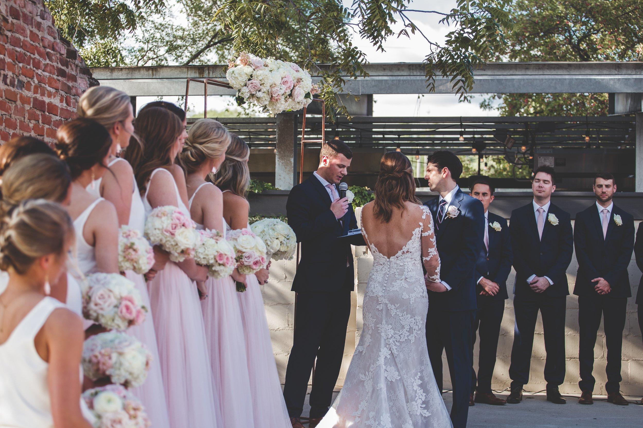 cider-gallery-lawrence-ks-wedding-photographer-jason-domingues-photography-lindsey-paul-0381.jpg