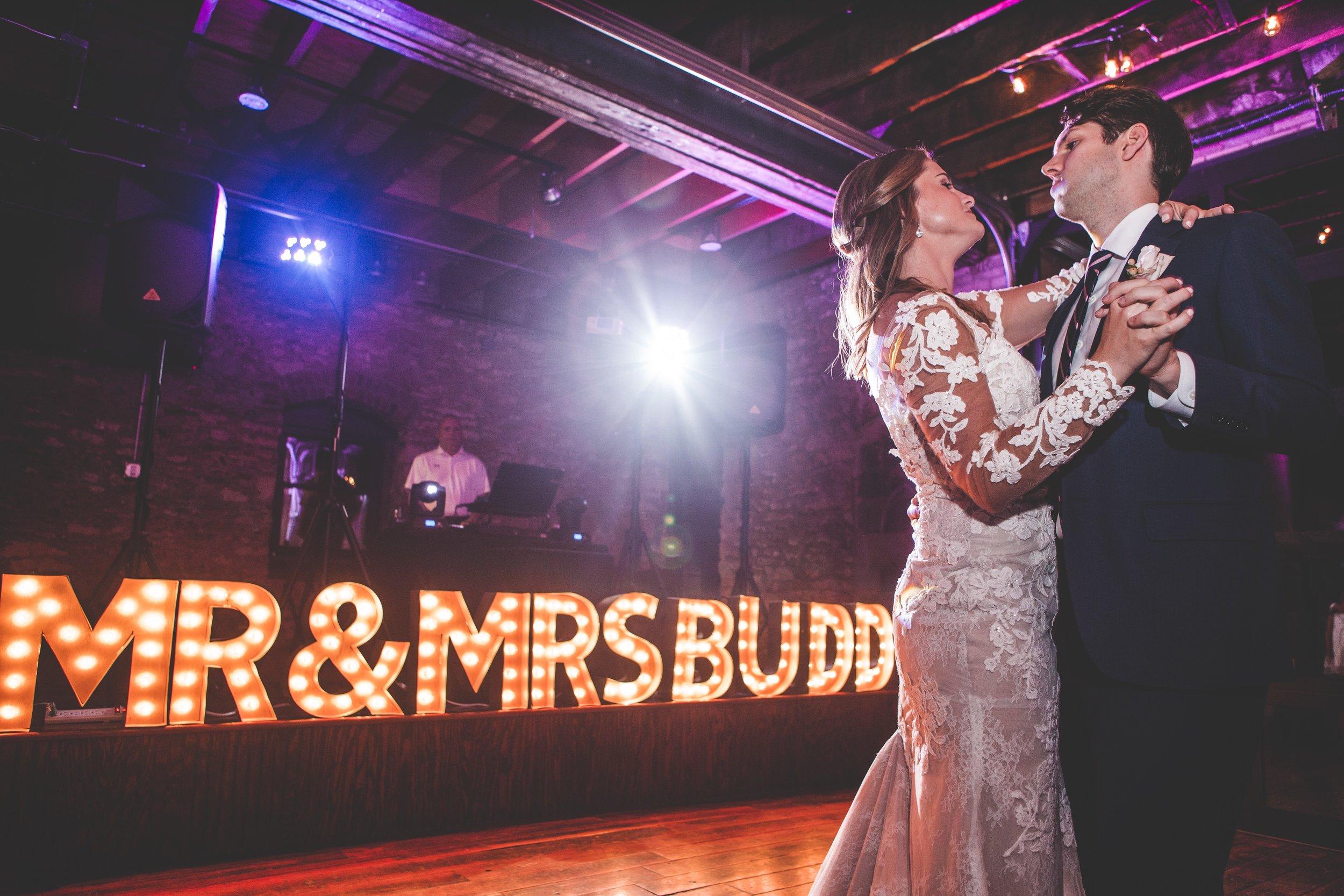cider-gallery-lawrence-ks-wedding-photographer-jason-domingues-photography-lindsey-paul-blog-0042.jpg