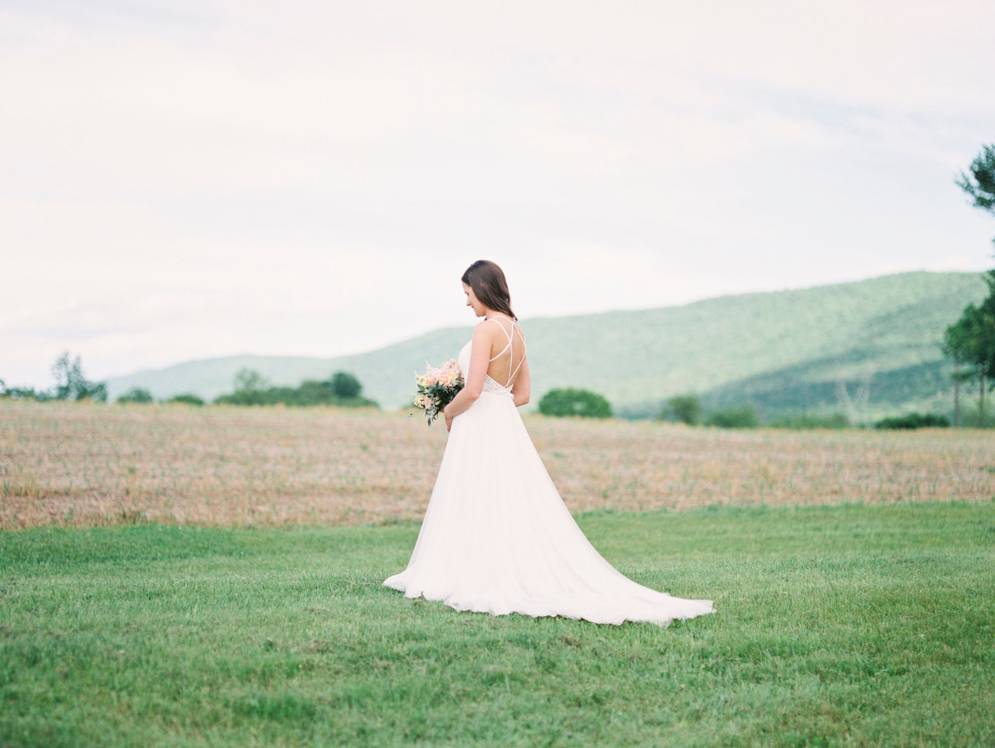barn-at-hidden-acres-bloomsburg-film-elegant-wedding