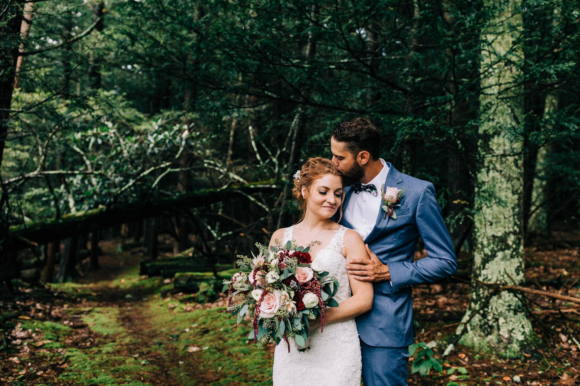 lacawac-sanctuary-wedding-lake-wallenpaupack-0936.jpg